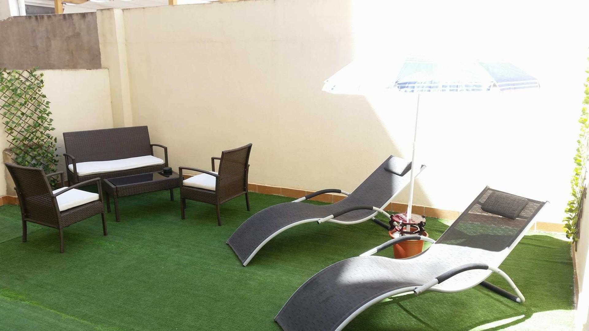 apartamento-4-habitaciones-gran-patio-privado-2b38ed50d48d416f7c87fed1a78ec429