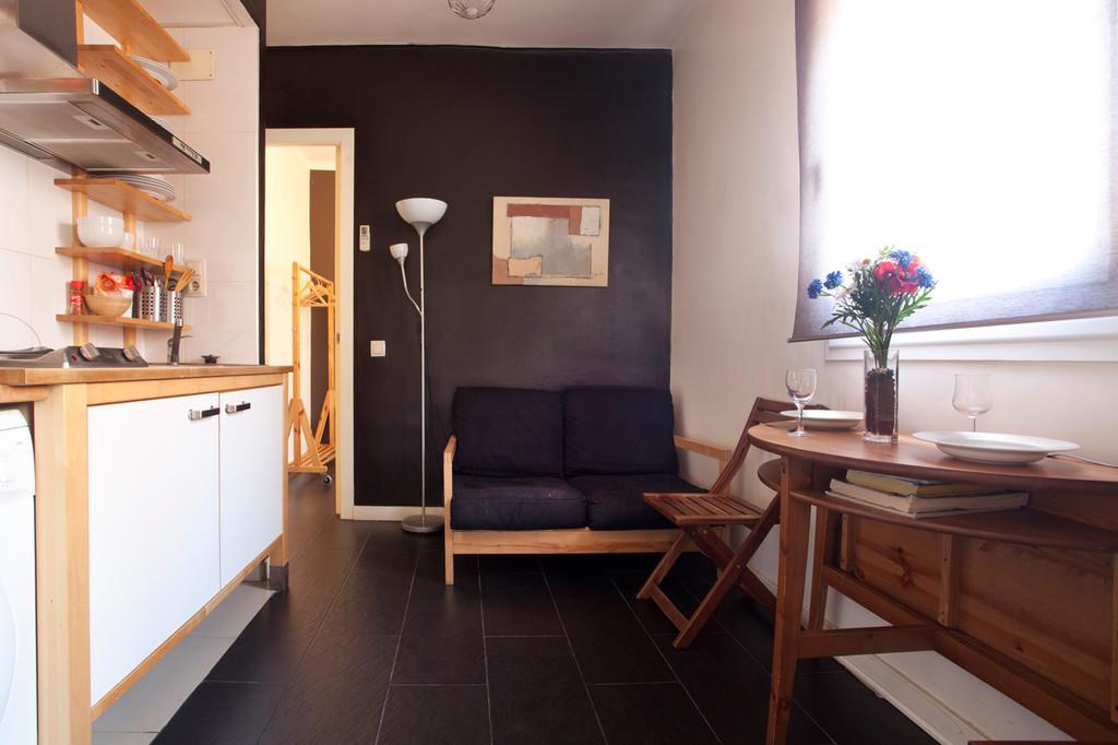 Apartamento en barceloneta 2 habitaciones junto a la playa alquiler pisos barcelona - Apartamentos en la barceloneta ...