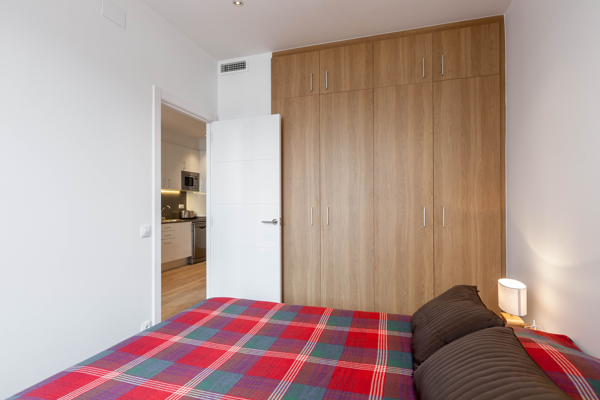 Apartamento Recien Reformado De 2 Habitaciones Cerca A Plaza Esp