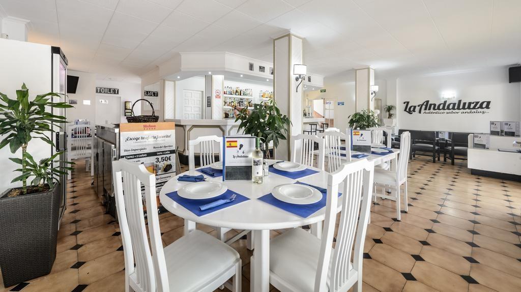 apartamentos-en-cala-de-bou-1871a2bf501f