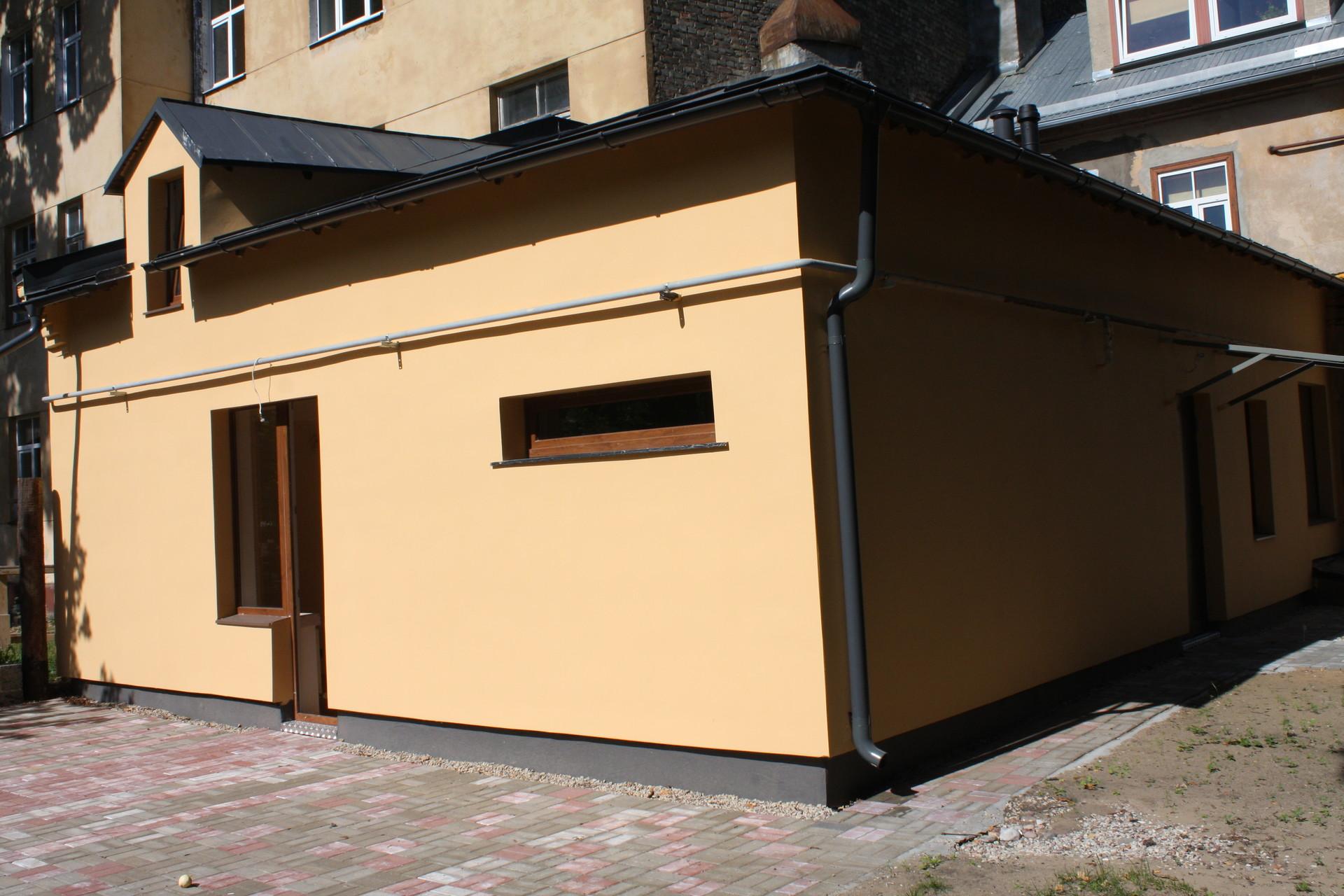 apartment-rent-beautiful-districts-riga-agenskalns-kalnciema-square-6ea918cc831823547a98ba293ee35d21