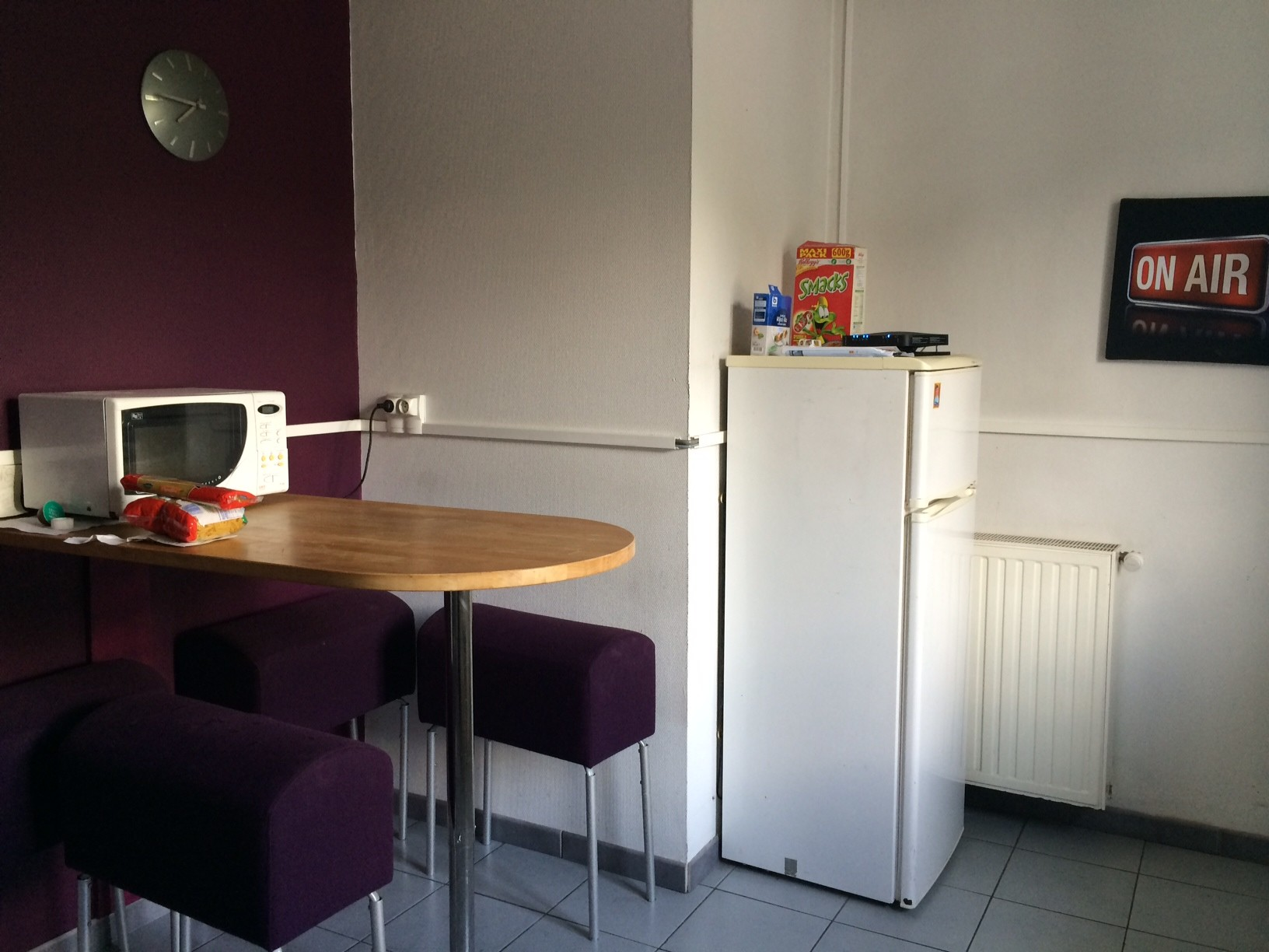 Searching For Roommate To Live In This Astounding Student Flat In