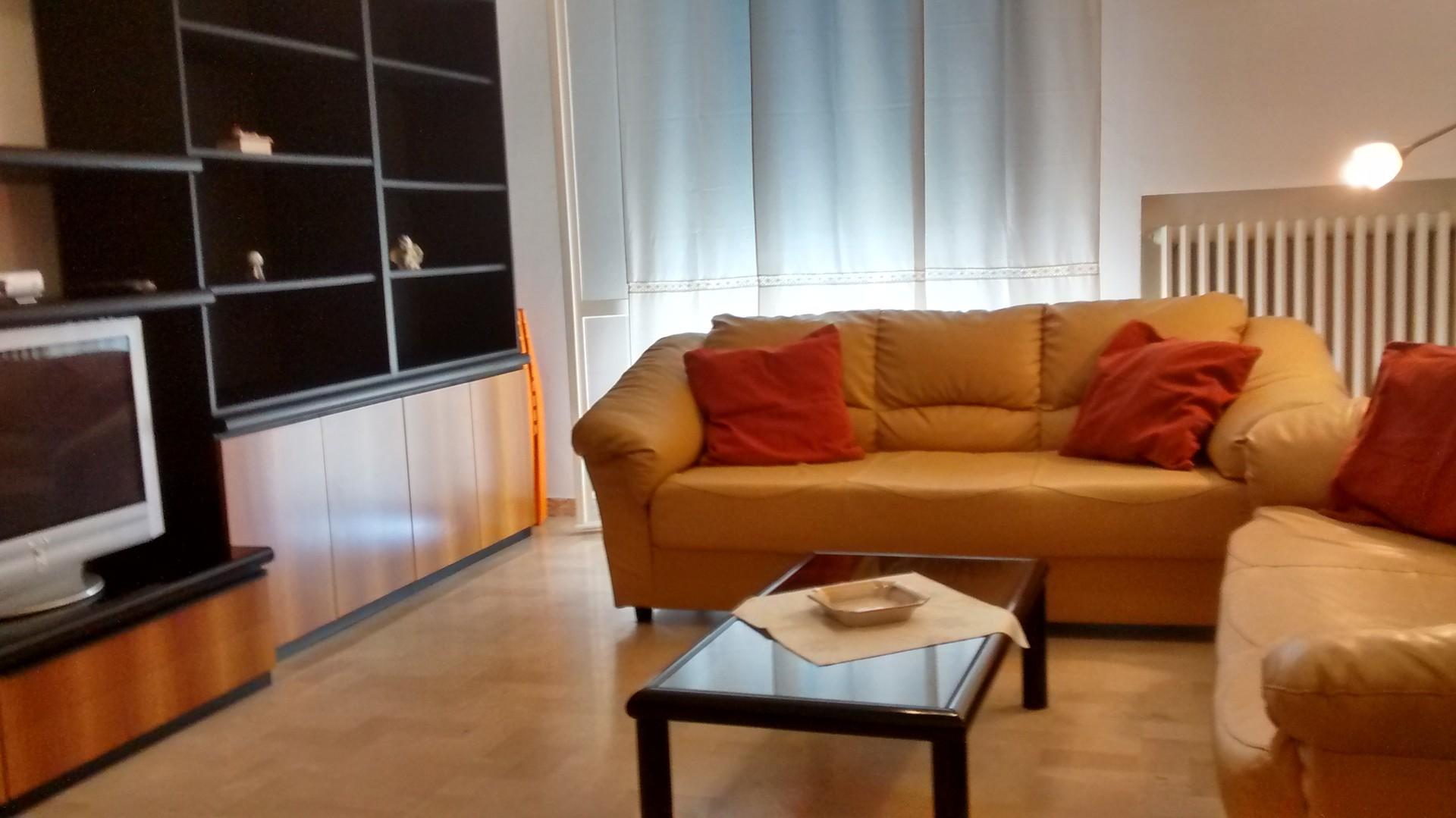 appartamento-3-camere-studio-2-bagni-garage-zona-mareospedale-480628e939cb715fae32d7e7be270992