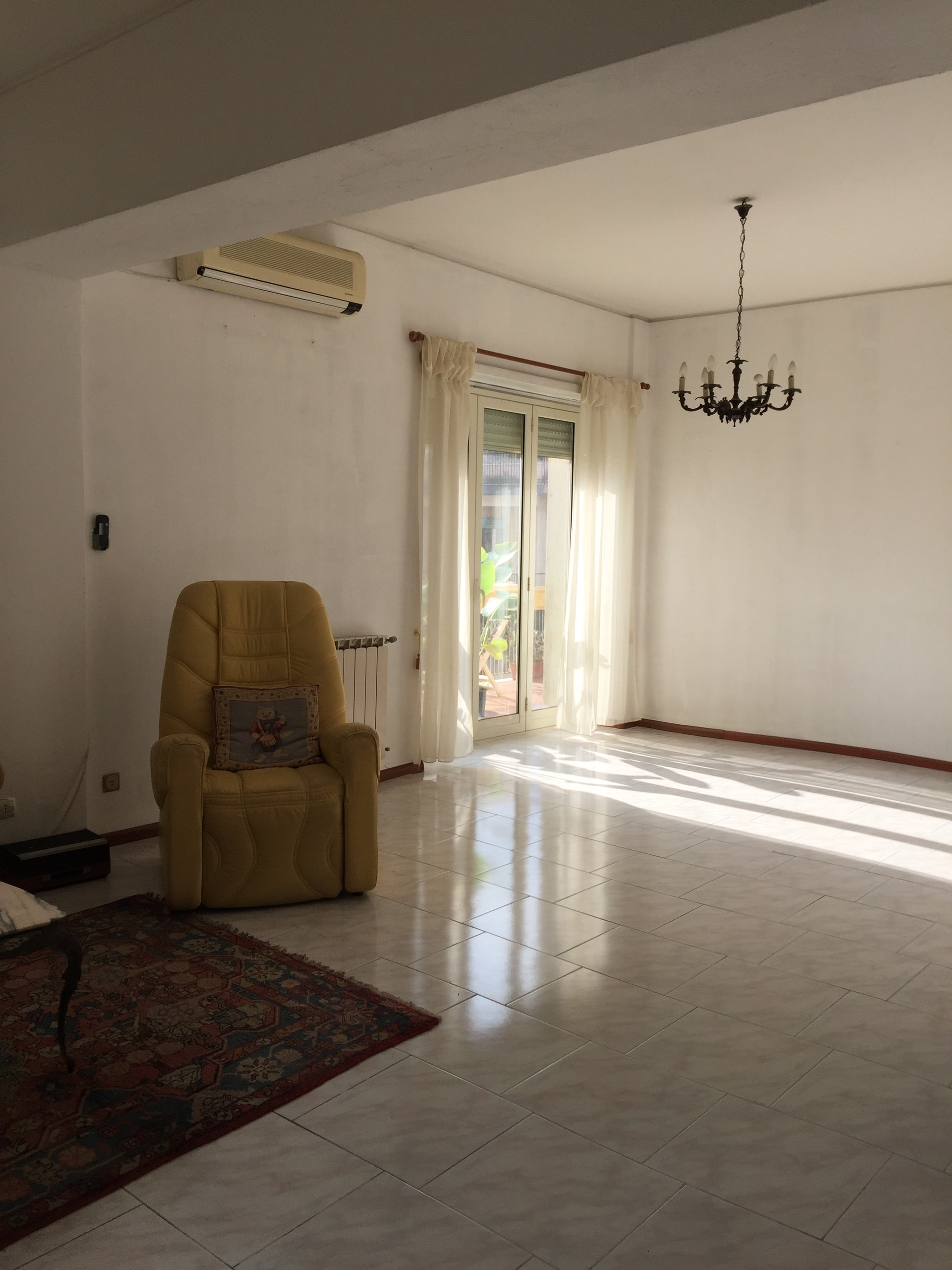 Appartamento con tre stanze letto ,terrazza a livello panoramica ...