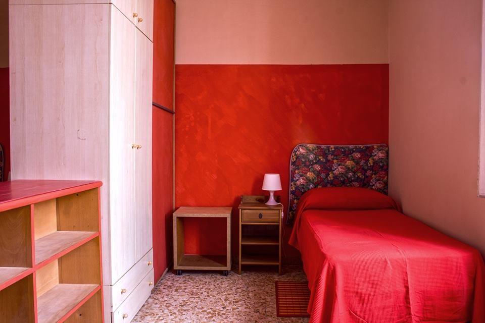 Posto letto in appartamento zona le cure stanze in affitto firenze - Posto letto a firenze ...