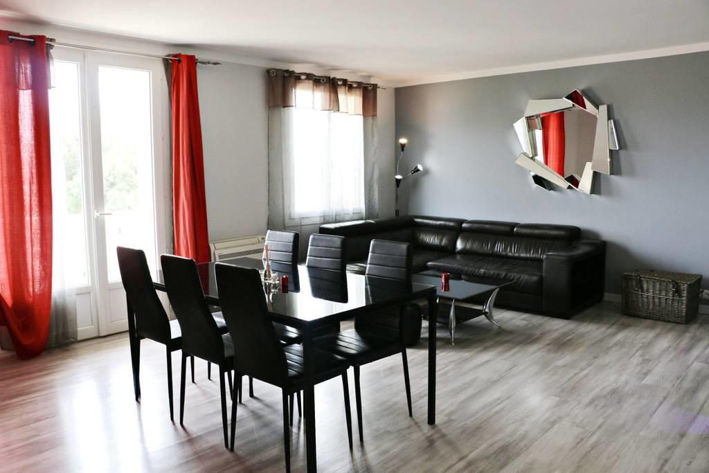appartement-80-m2-2-chambres-extra-muros-parking-gratuit-prive-securise-proche-c-ville-tgv-tramway-0bdcdc9b0f635d41a4f73c6935c14f19