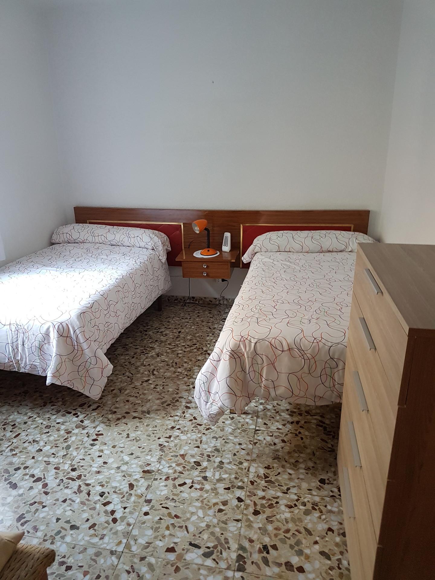 Appartement lumineux de 84m2 avec balcon chambre avec 1 lit 2