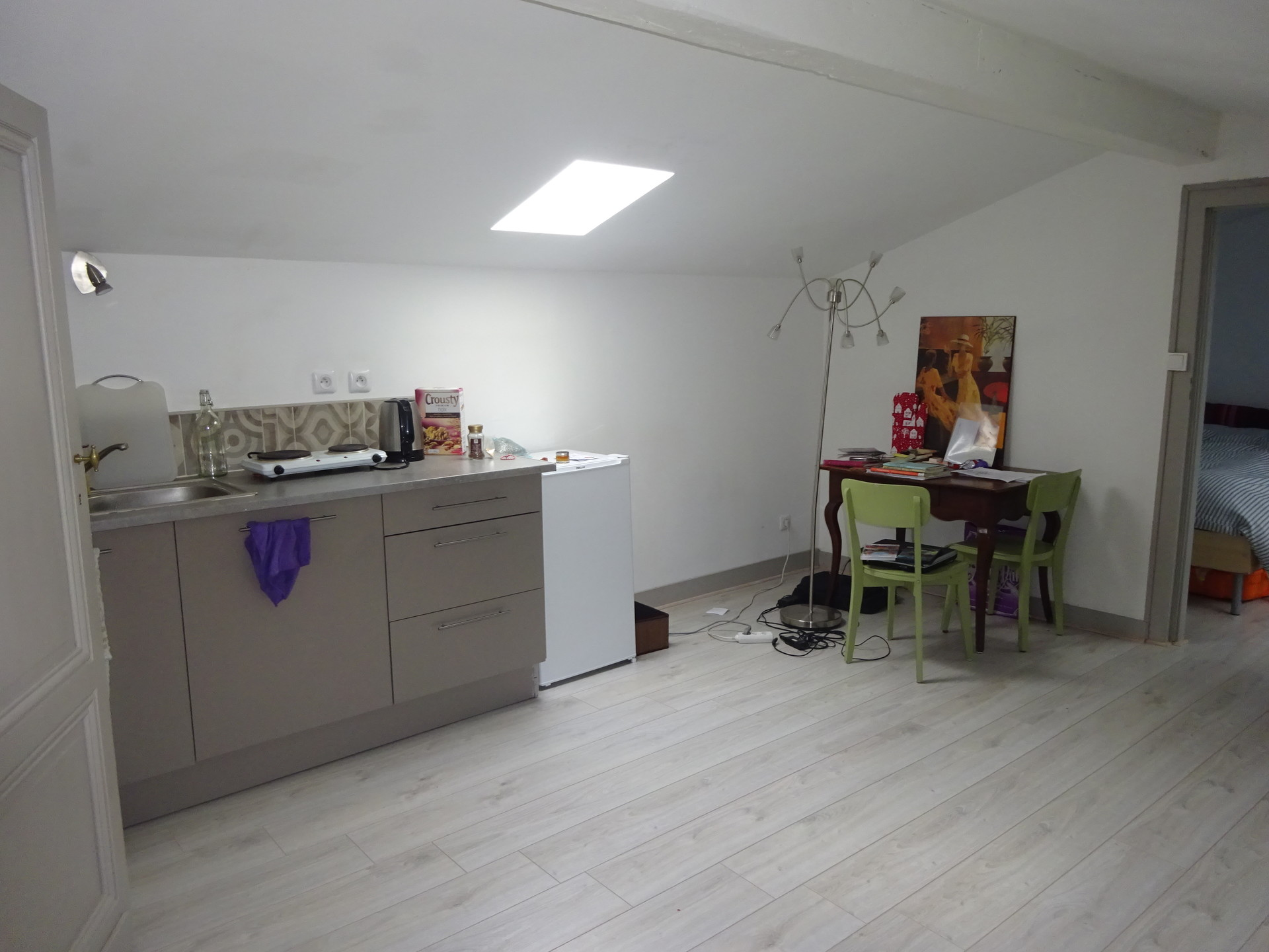 Appartement meubl de 30m2 nansouty location for Location appartement bordeaux pellegrin t2