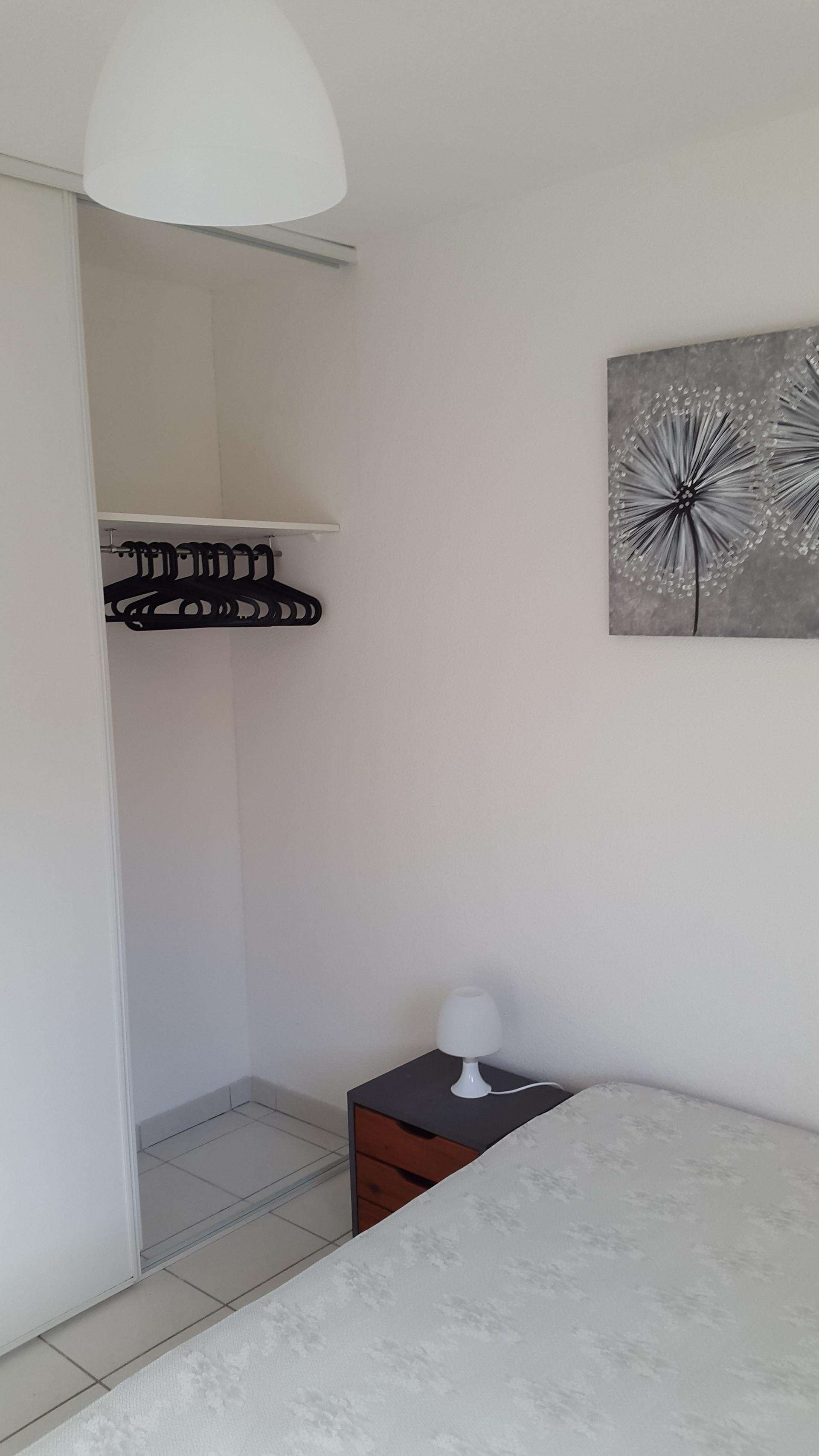 appartement-residence-calme-piscine-6d023fb89c0dde491e1591c0c9cfee07