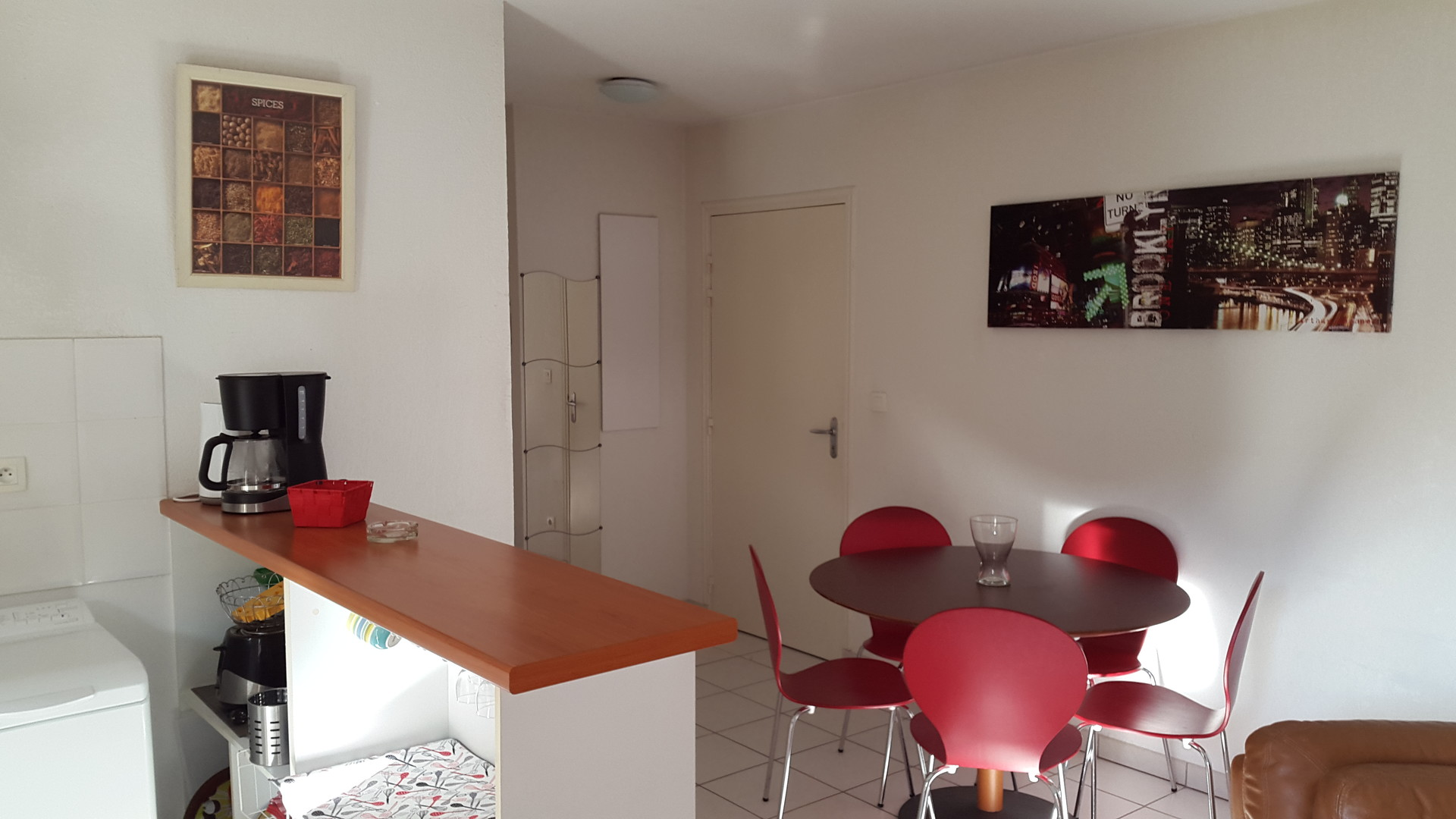 appartement-residence-calme-piscine-c7b8