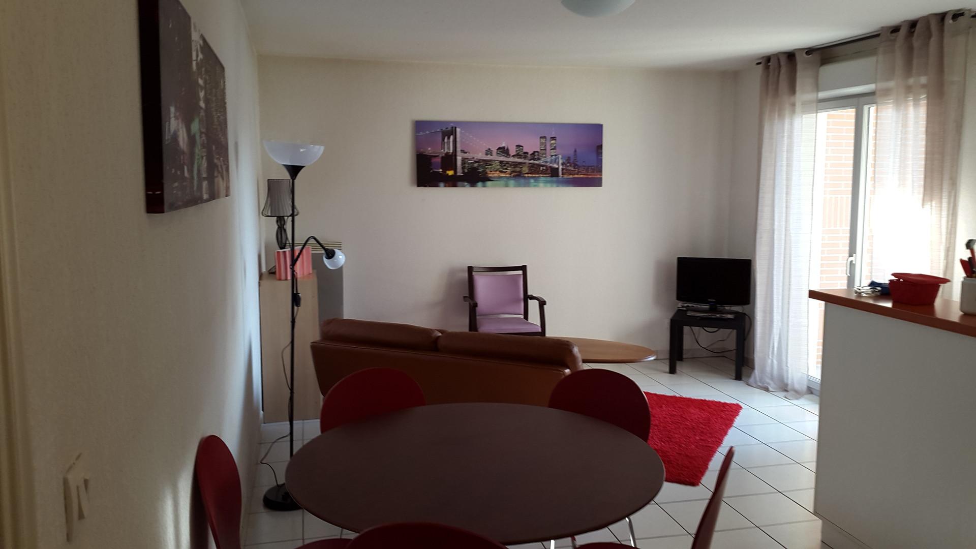 appartement-residence-calme-piscine-c879