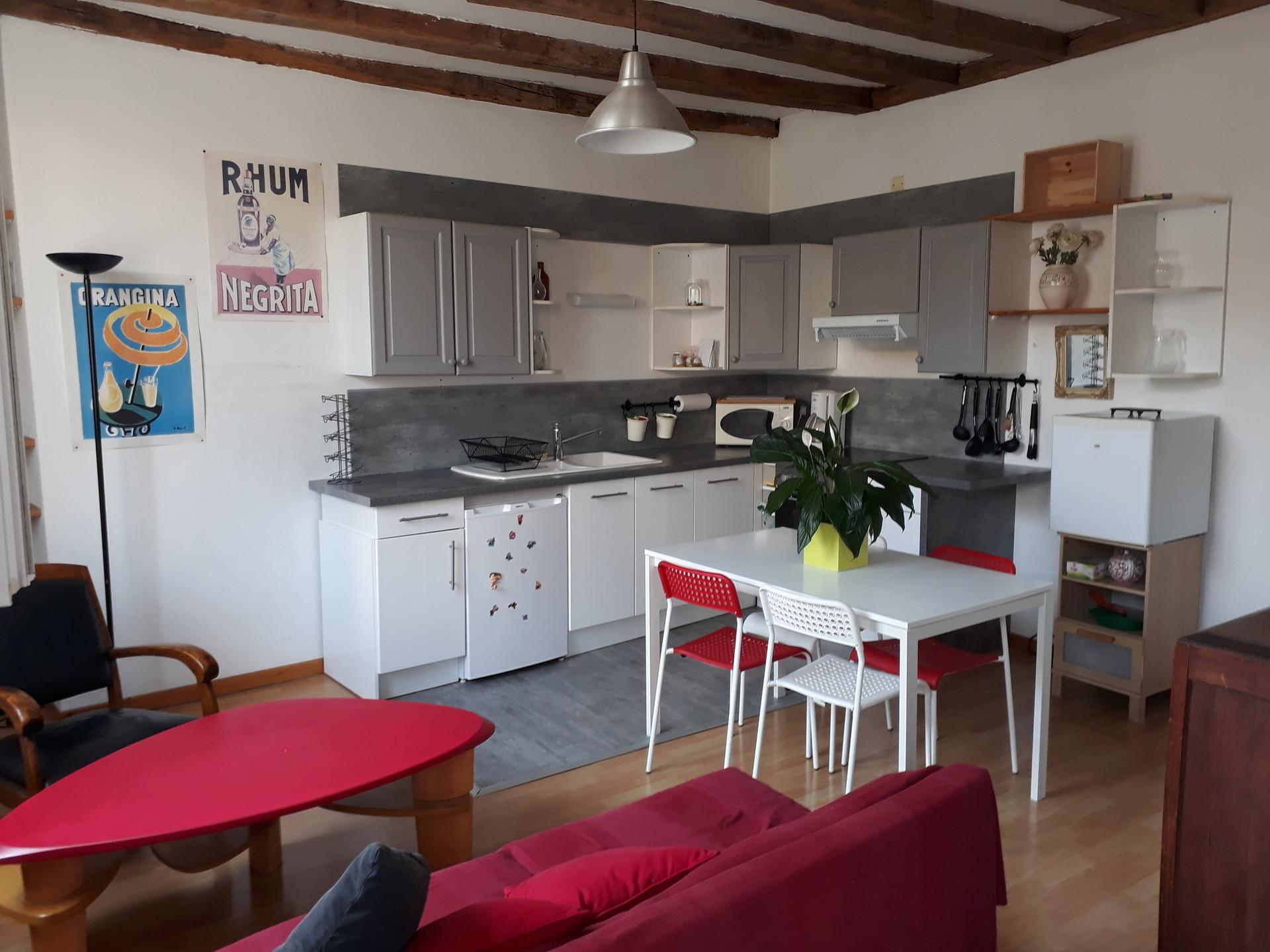 Appartement T4 Hyper centre Poitiers dans rue Piétonne