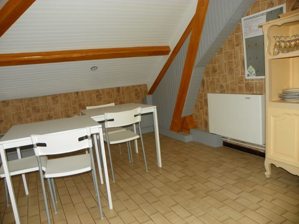 APPARTENMENT INDEPENDENT 50 M2 IN VILLA