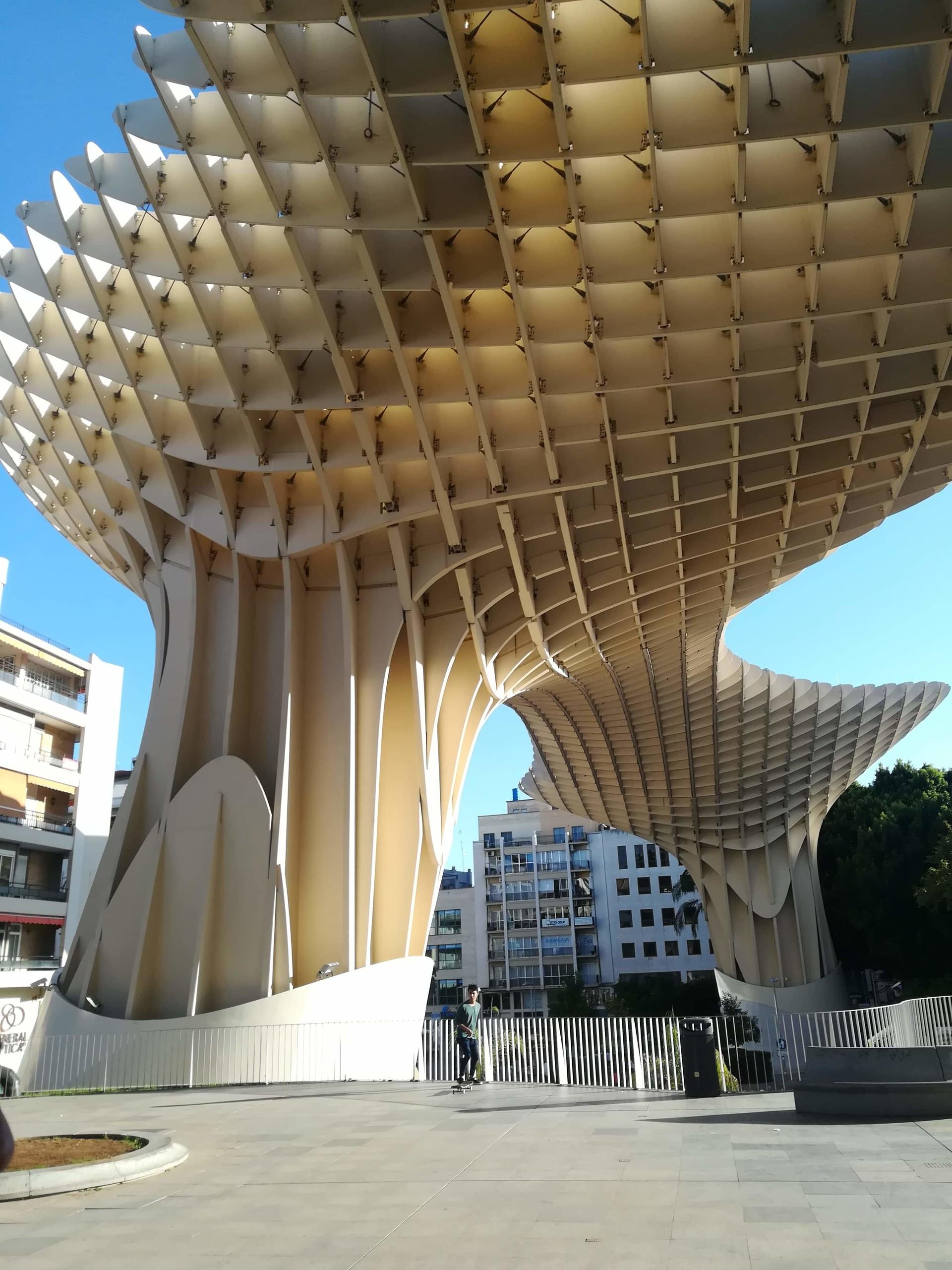 architecture-andalous-metropole-parasol-