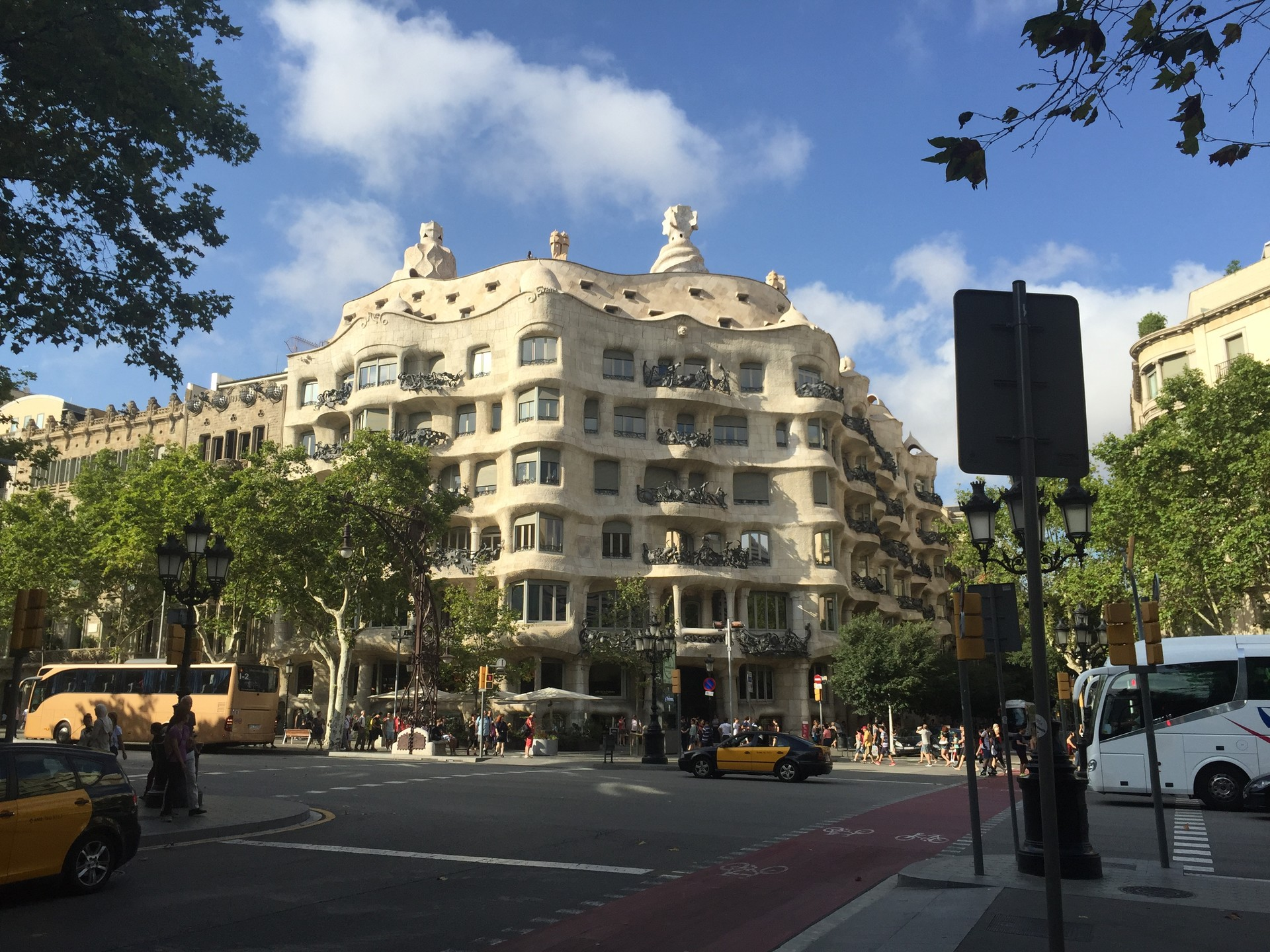 arguing-case-catalonia-barcelona-tarrago