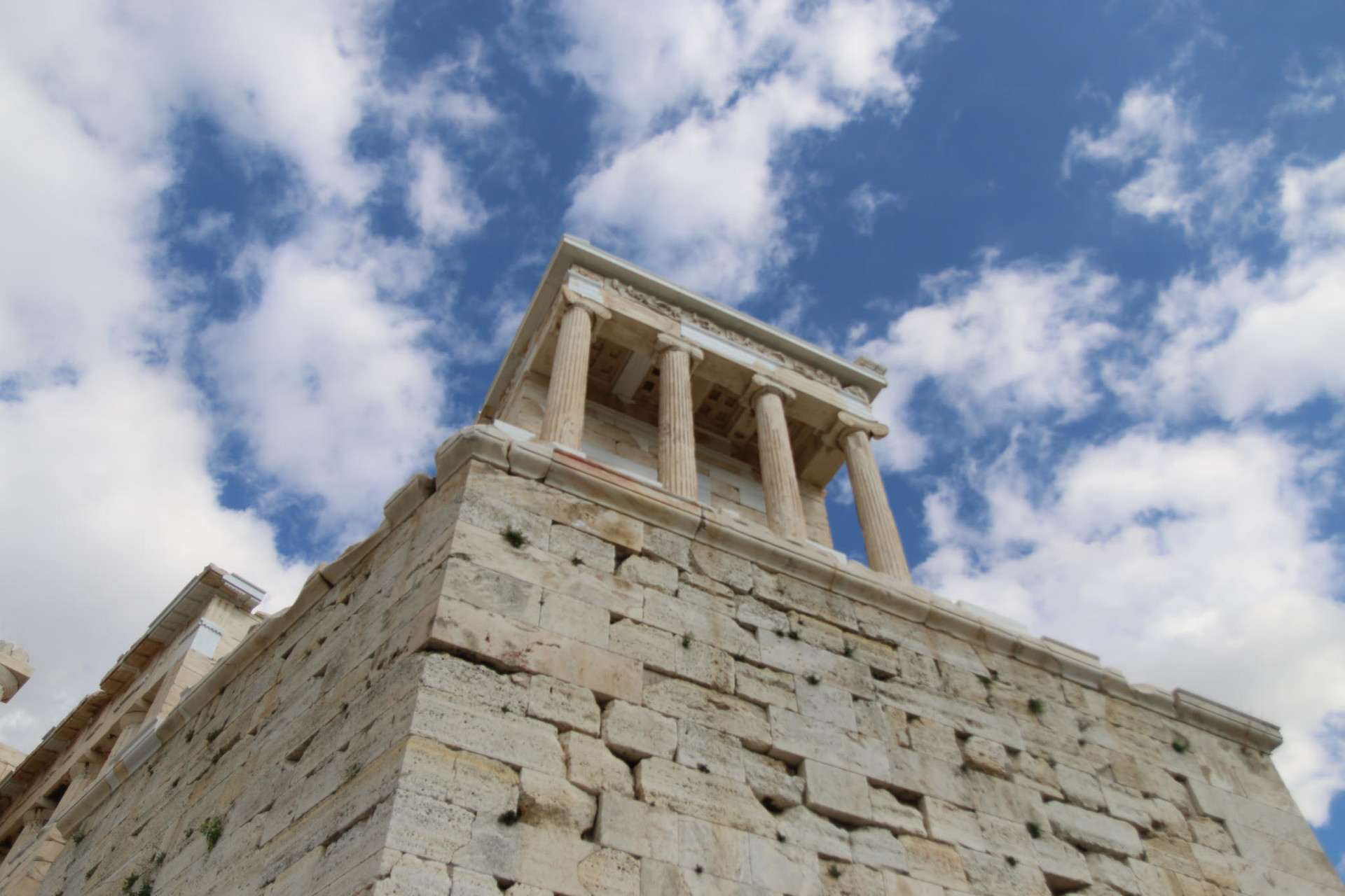athens-travel-tips-78f11df5b6d7c04569a12