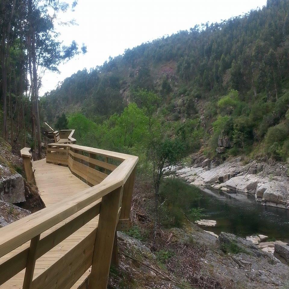 attraversale-il-fiume-paiva-4717adc1c373