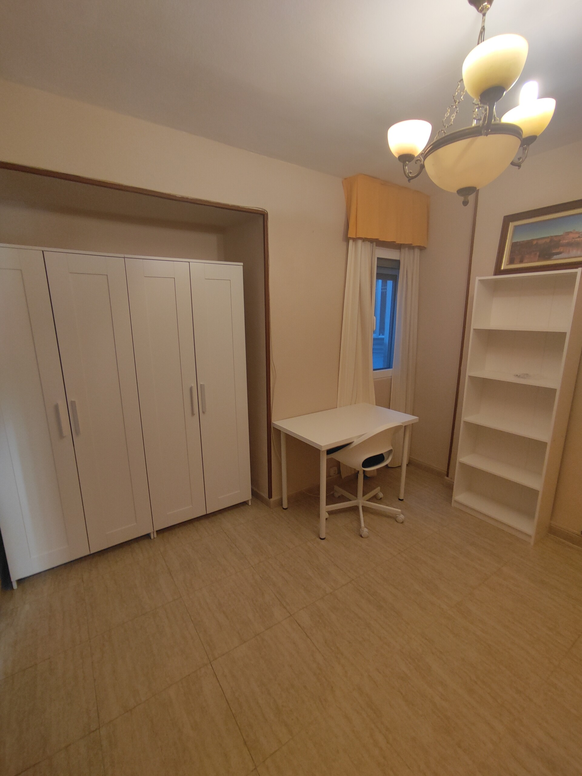 Piso de tres habitaciones para alquiler estudiante
