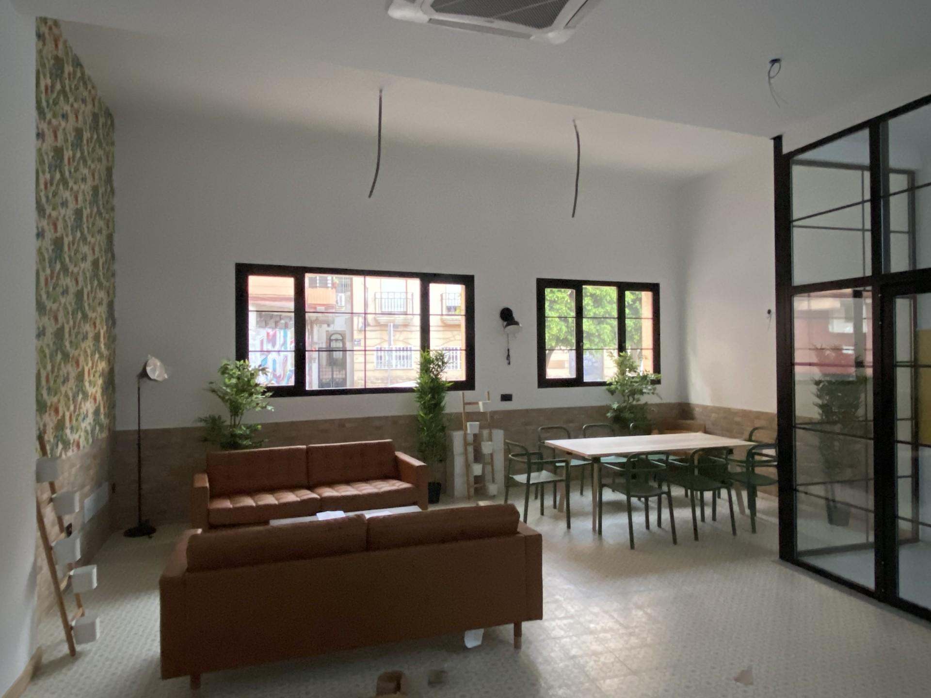 Habitación muy amplia, nueva y bien cuidada con to