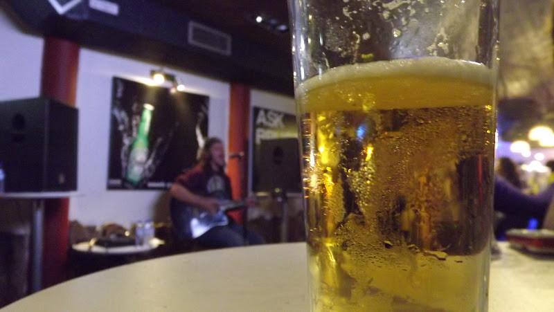 Bar de música ao vivo em faro