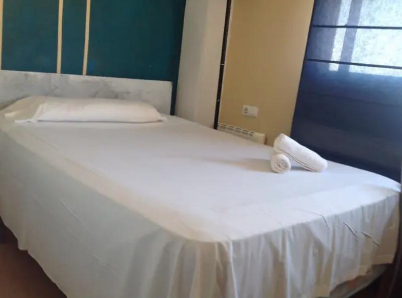 Habitación para chicas, todo incluido, en Castelló