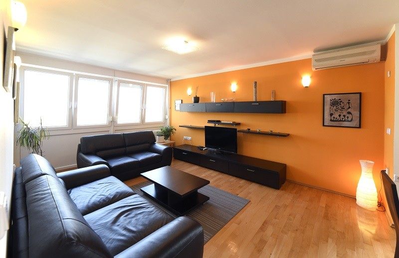 beautiful-3-bedroom-apartment-zagreb-f7a8038c0a86cd095baff50e25ffe288