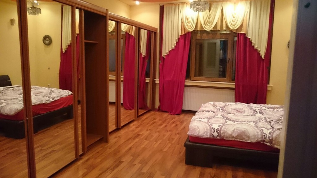 beautiful-big-flat-centre-brasov-2-bedrooms-0637eb6f49eab6627b740ba31704d710