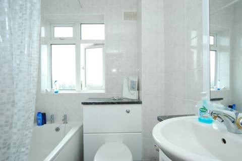 beautiful-furnished-bedroom-flat-let-aberdeen-city-center-36250c7d3f016b8950ad79aa1f73a507