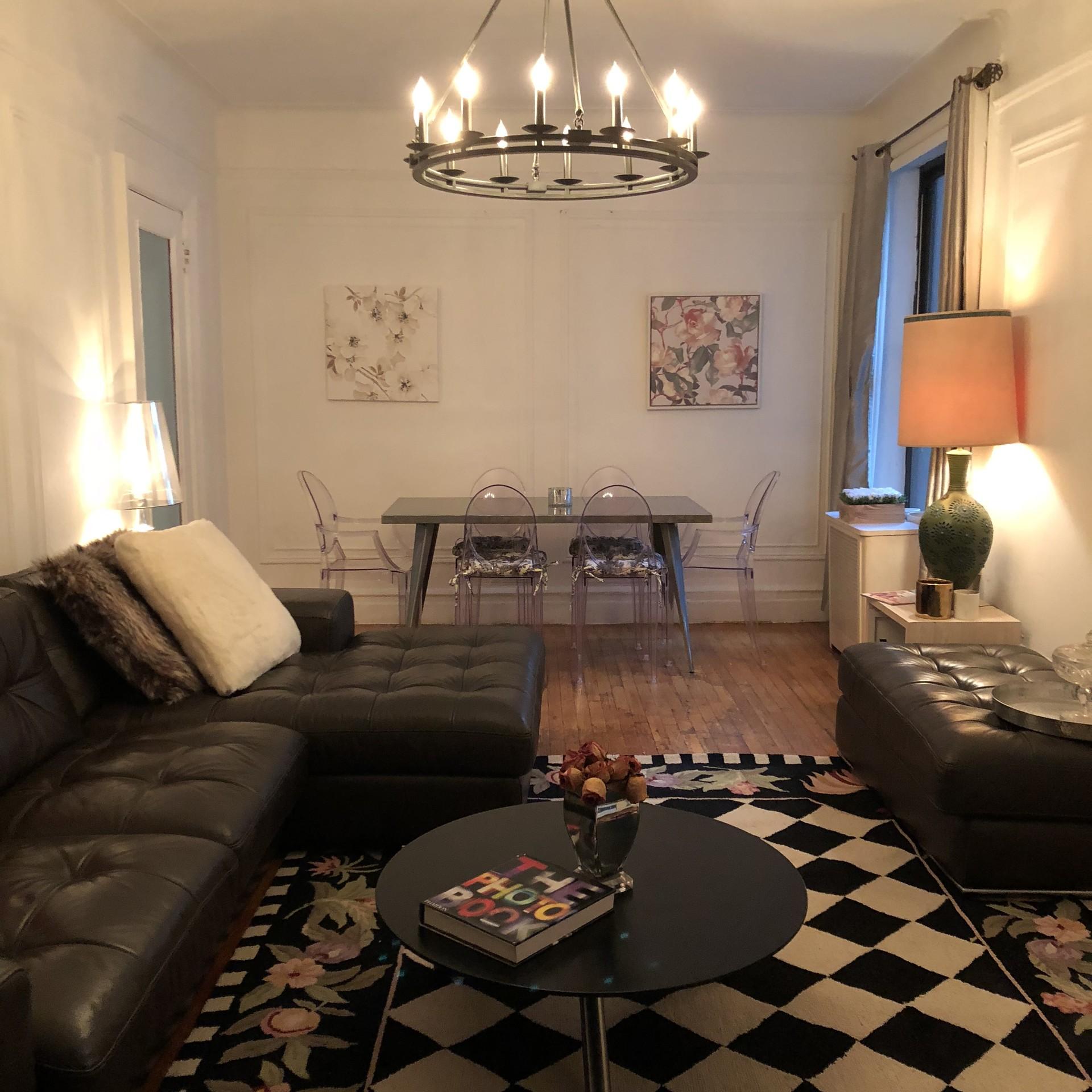 Beautiful, Large, Clean Bedroom In 3 Bedroom Apartment In