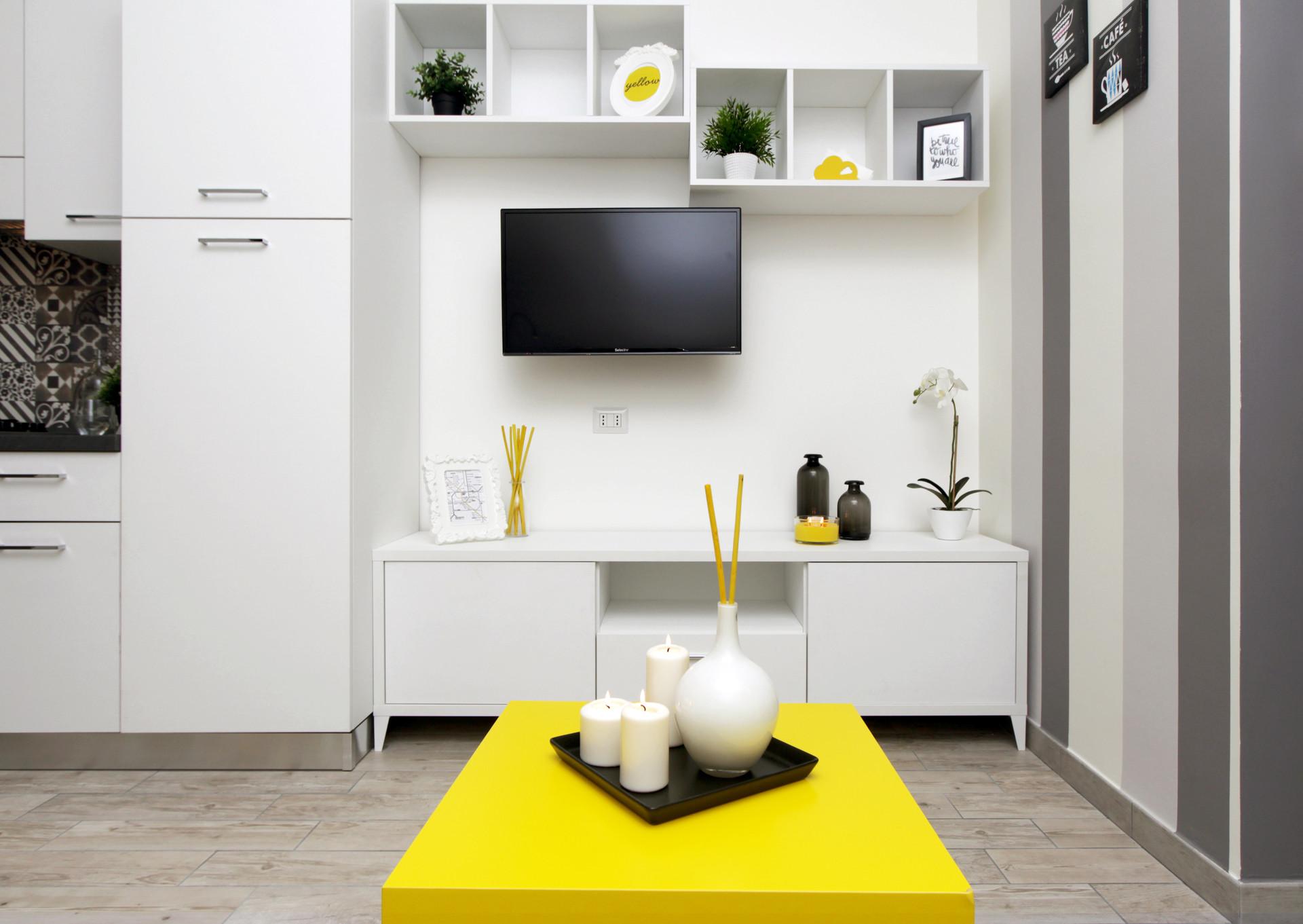 beautiful-modern-apartment-city-center-a