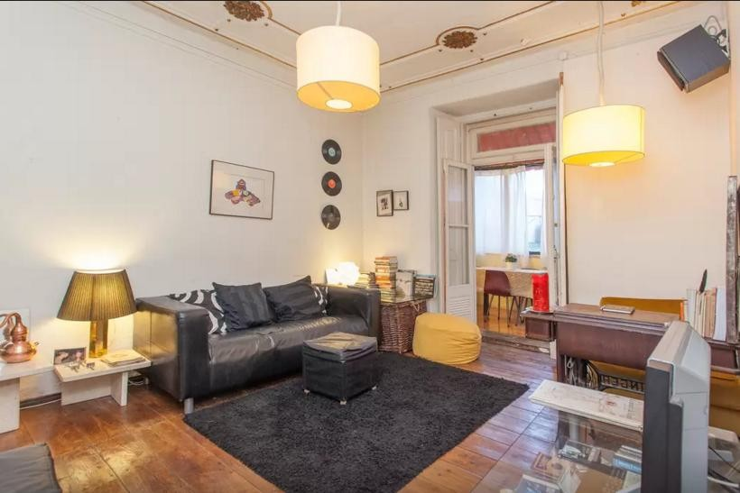 Beautiful Room beautiful room in bairro alto | room for rent lisbon