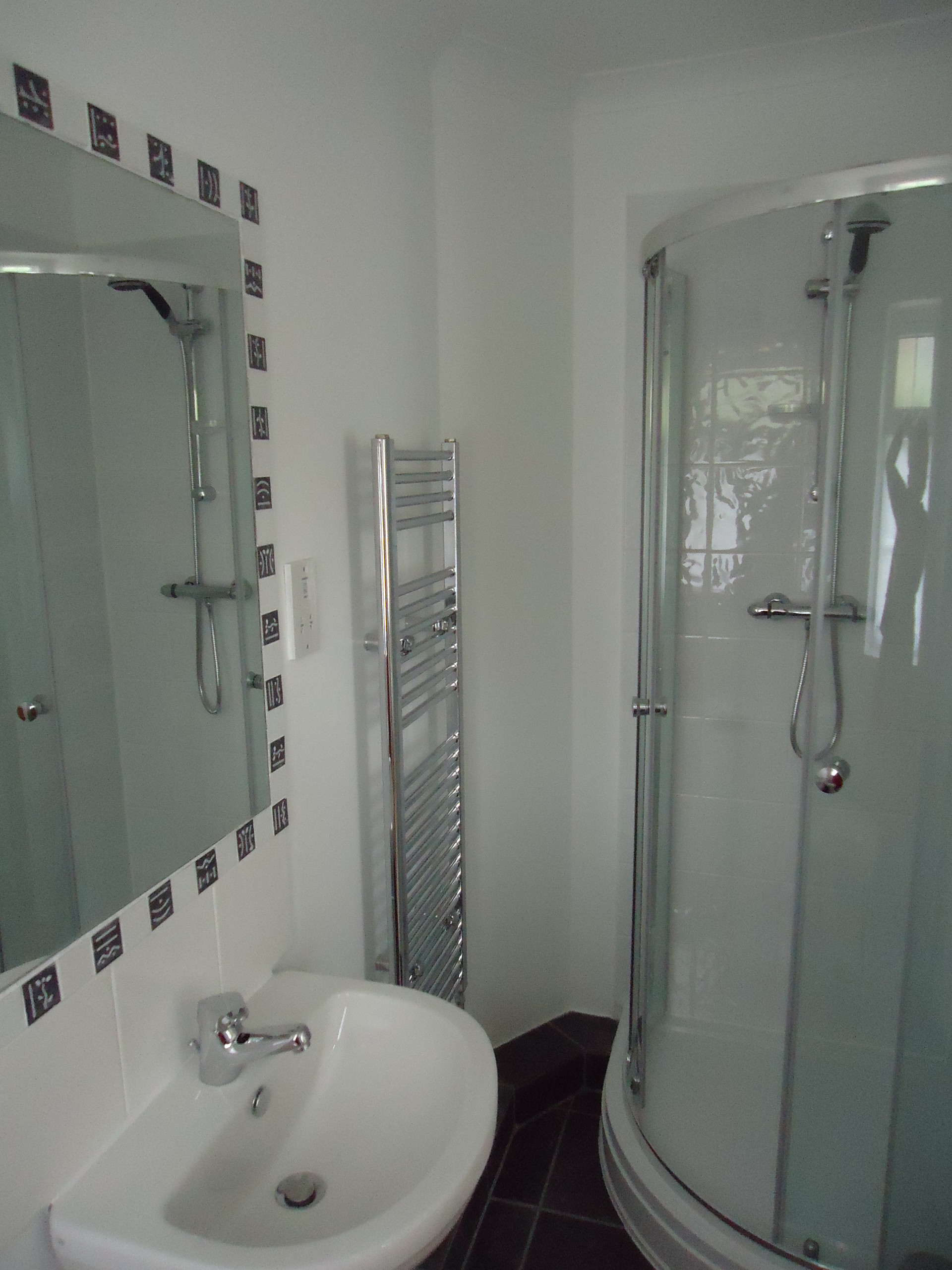 Beautiful Room With En Suite Bathroom In A Shared Home
