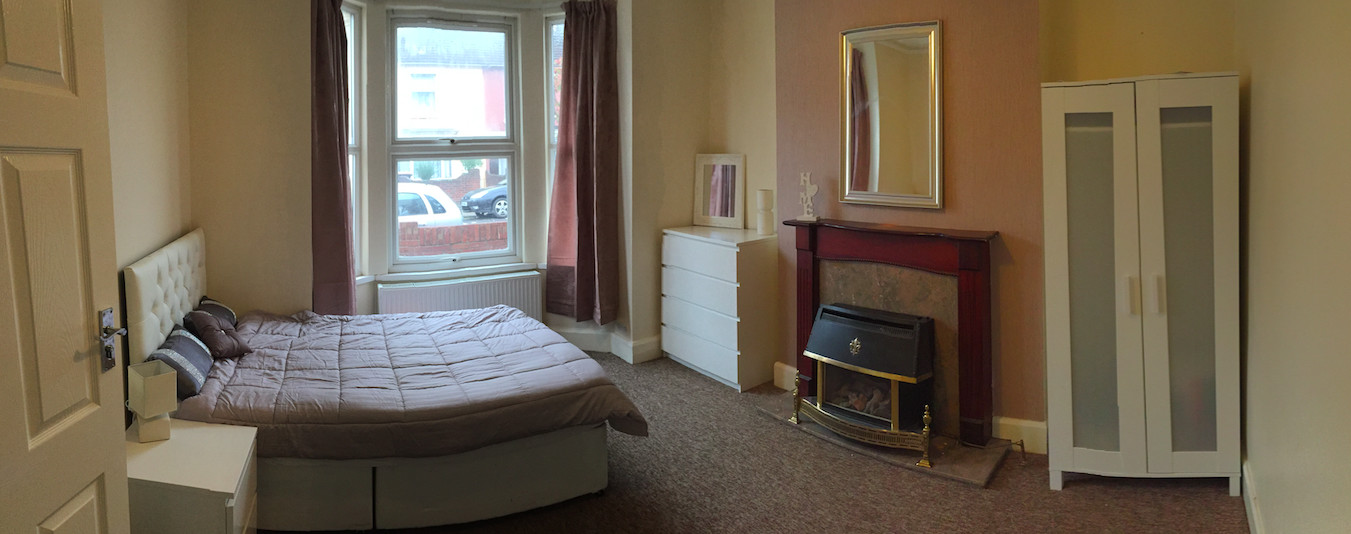 * BEAUTIFUL ROOM IN PROFESSIONAL DETACHED HOUSE *