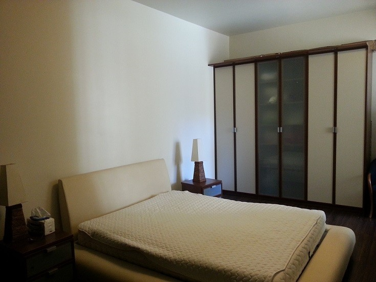 1 Min Away Fro Beautiful Rooms For Lau Hamra Students For Rent
