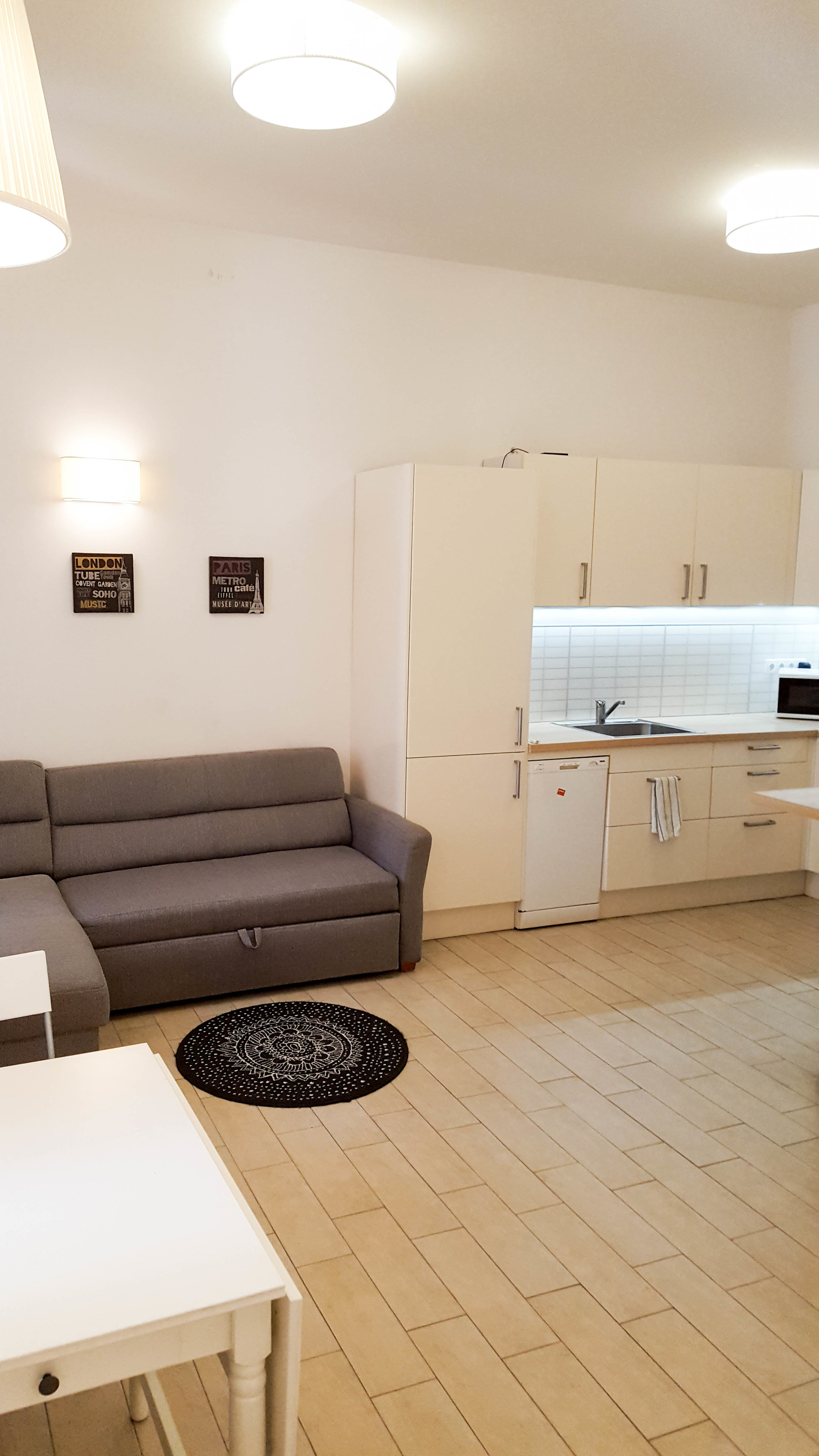 Beautiful, silent apartment in the heart of Budapest close ...