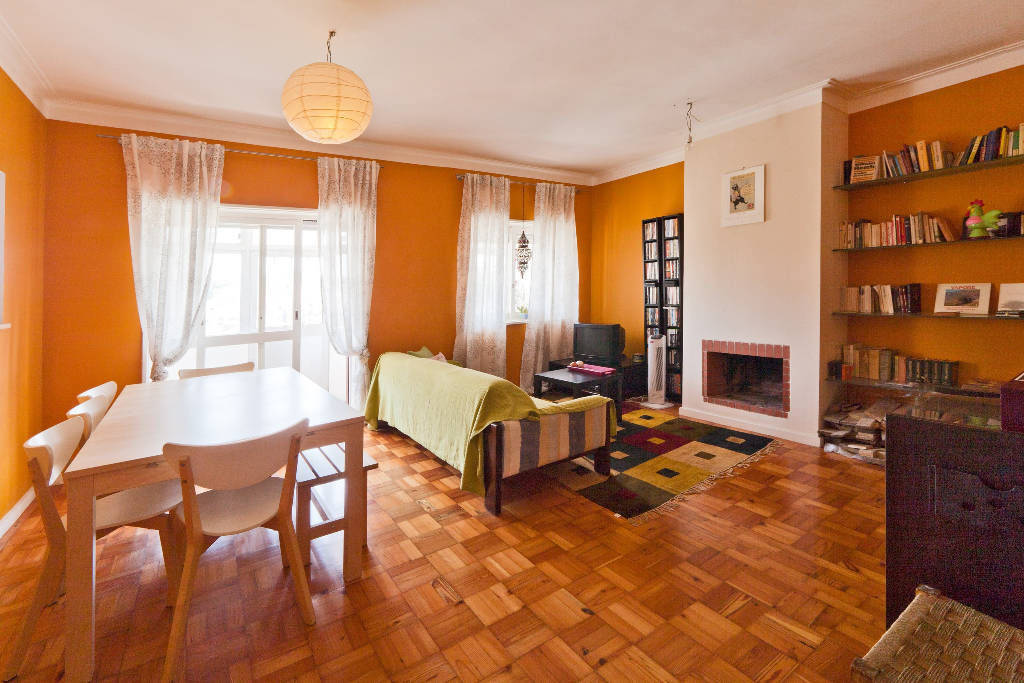 Beautiful Spacious And Charismatic 1 Bedroom Apartment Flat Rent Porto