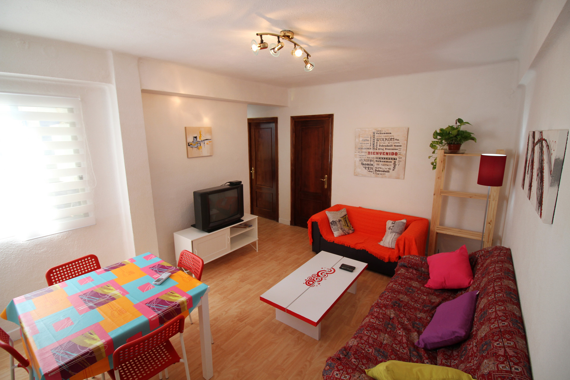 beautifully decorated 4 bedroom flat, perfect for erasmus studentsbeautifully decorated 4 bedroom flat, perfect for erasmus studen