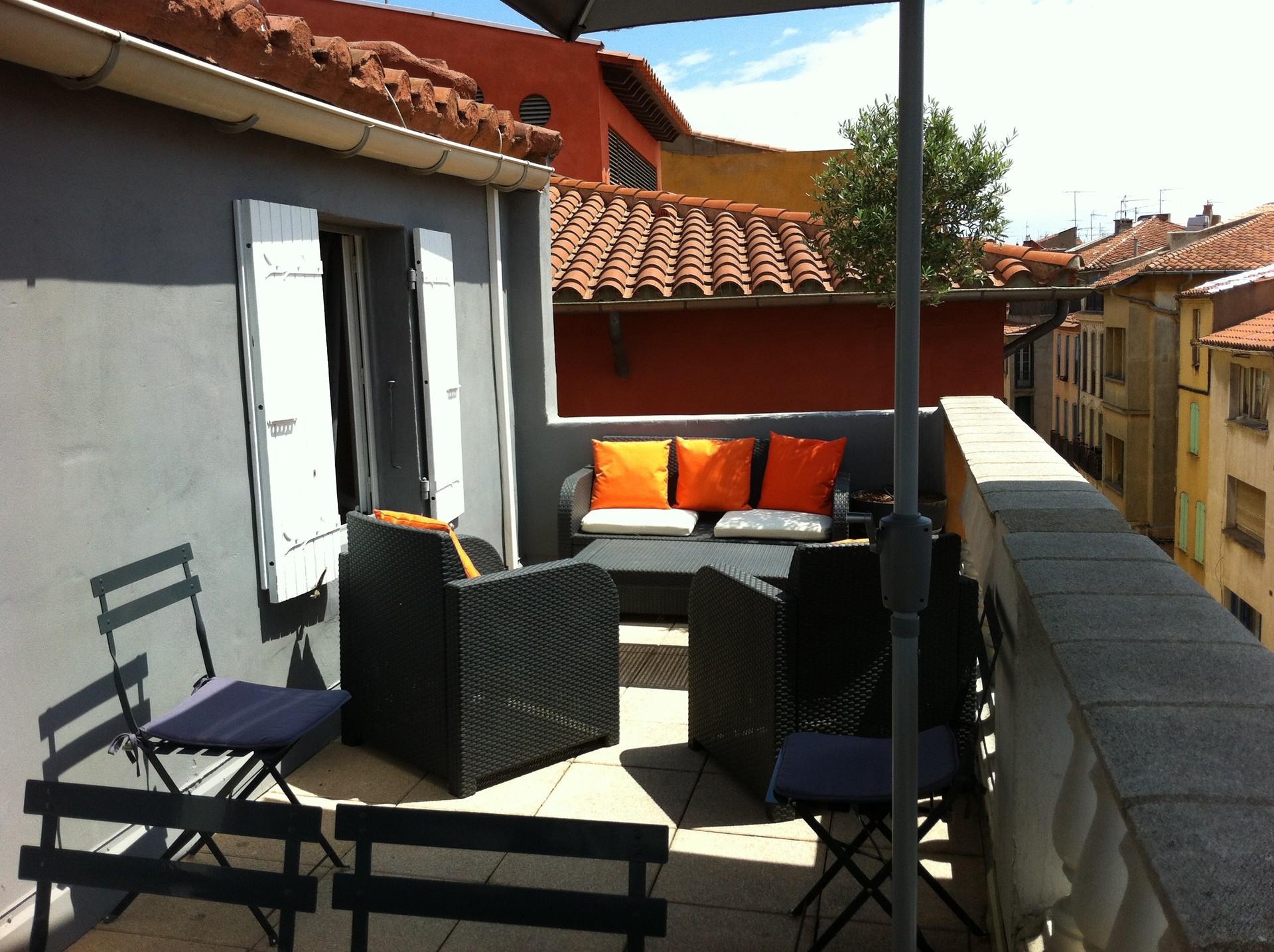 Bel appartement toit terrasse pour colocation etudiants for Location de chambre pour etudiant