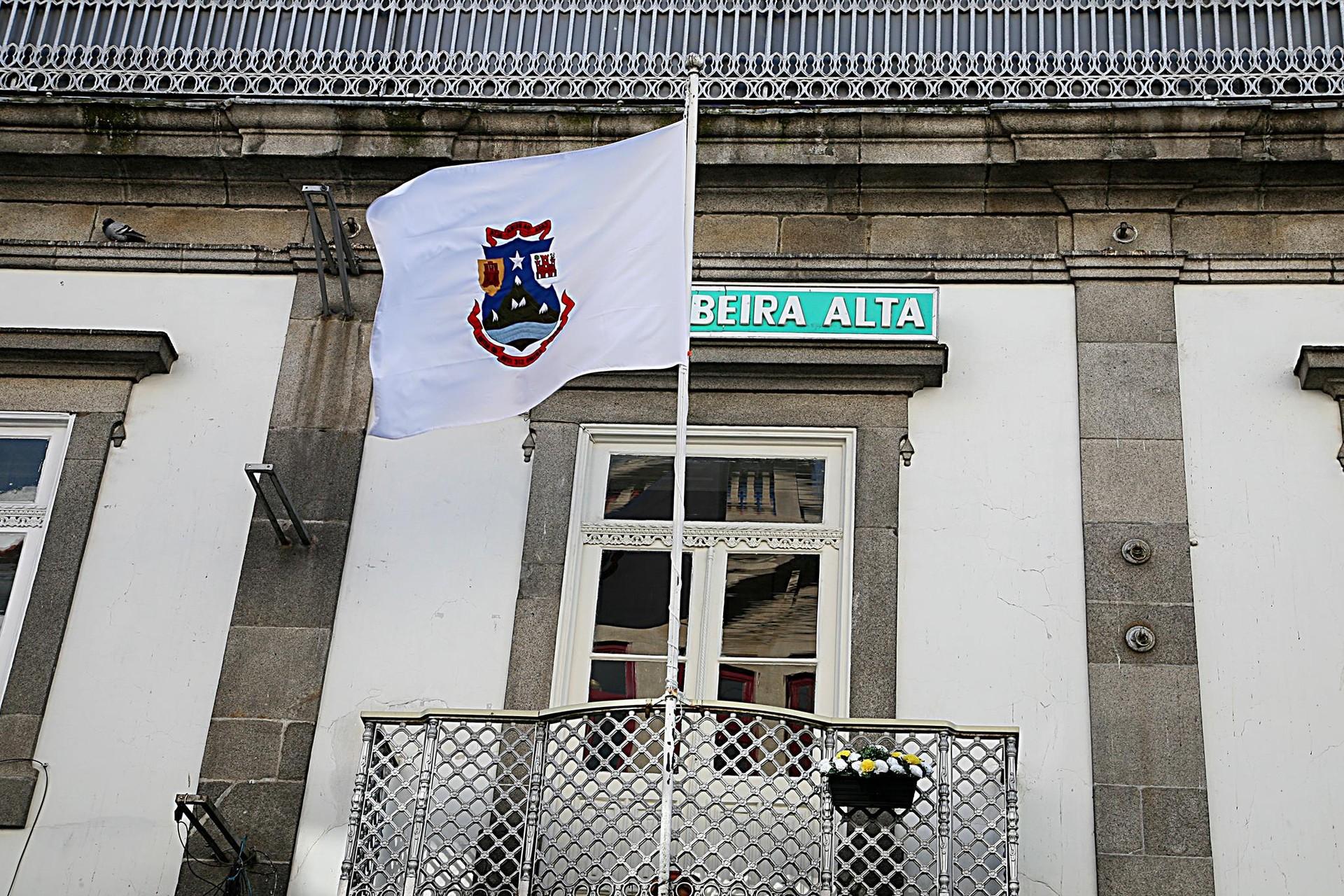 Belle surprise ! Plats typiques pas chers @Centre-ville de Porto