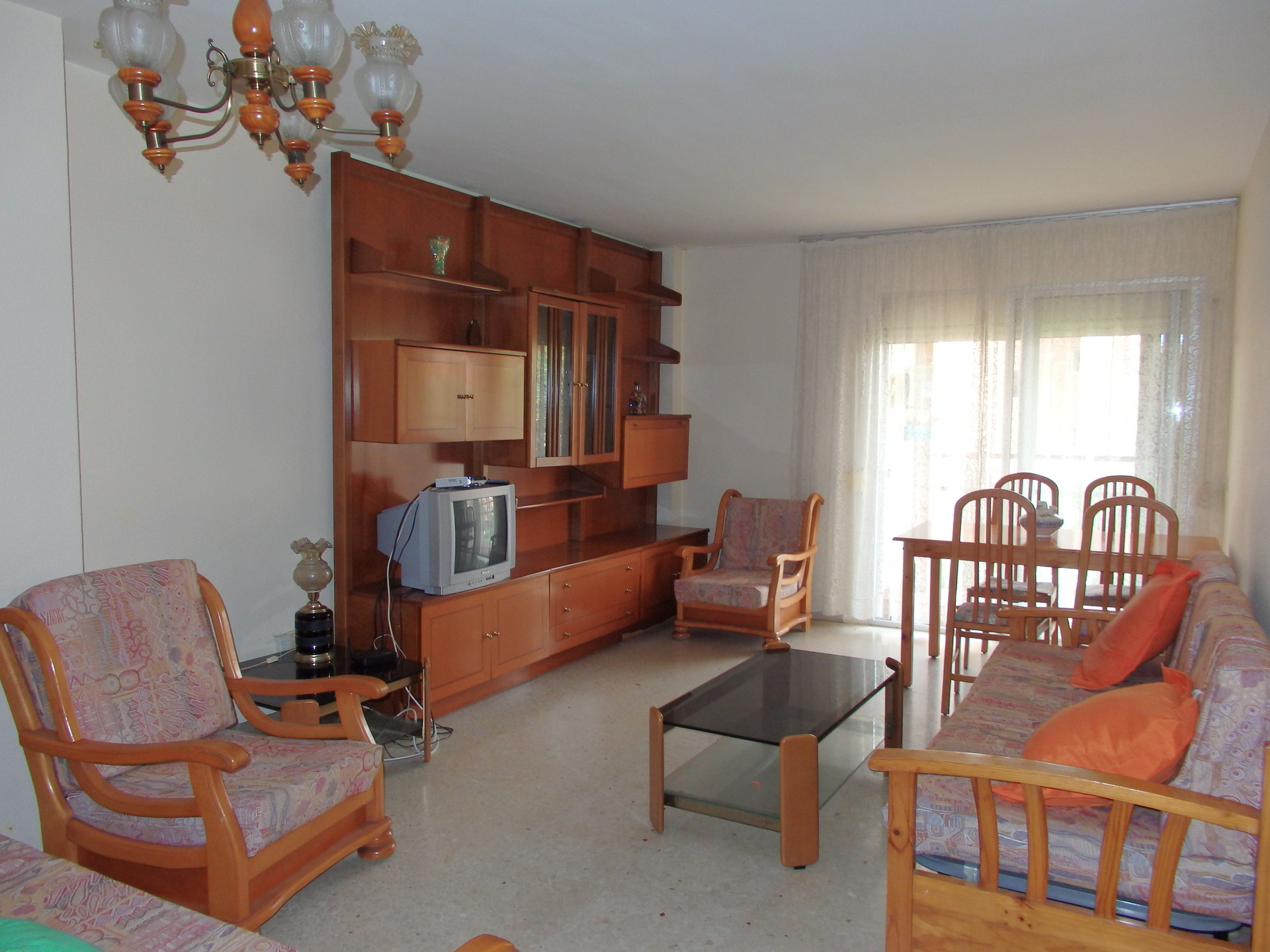 Benalm dena m laga habitaci n en piso compartido for Alquiler de habitacion en piso compartido