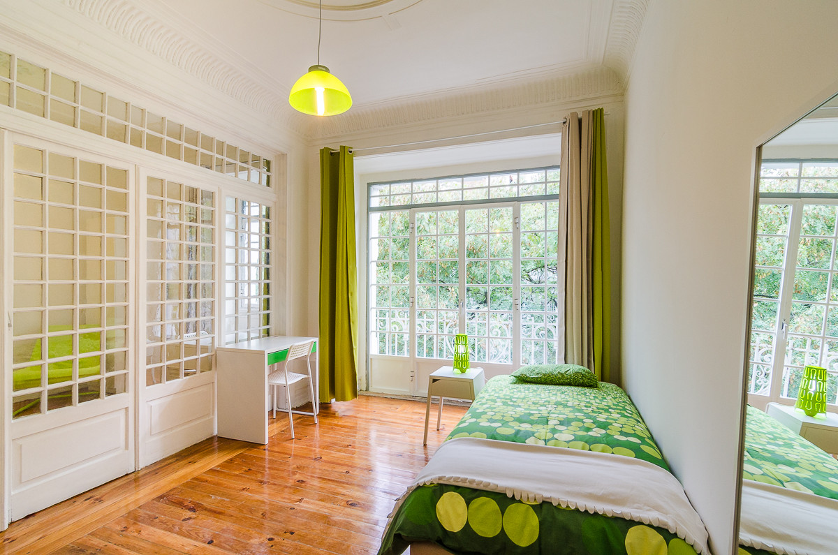 Big double room in a student residence