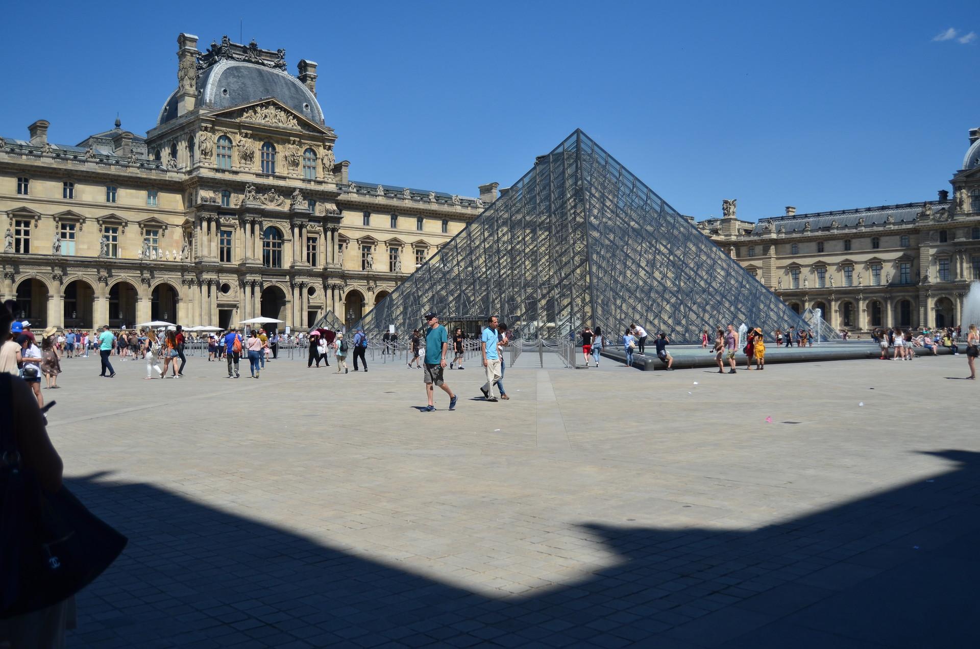big-museum-lot-1c3645ed4f5c1daa1fd55a362