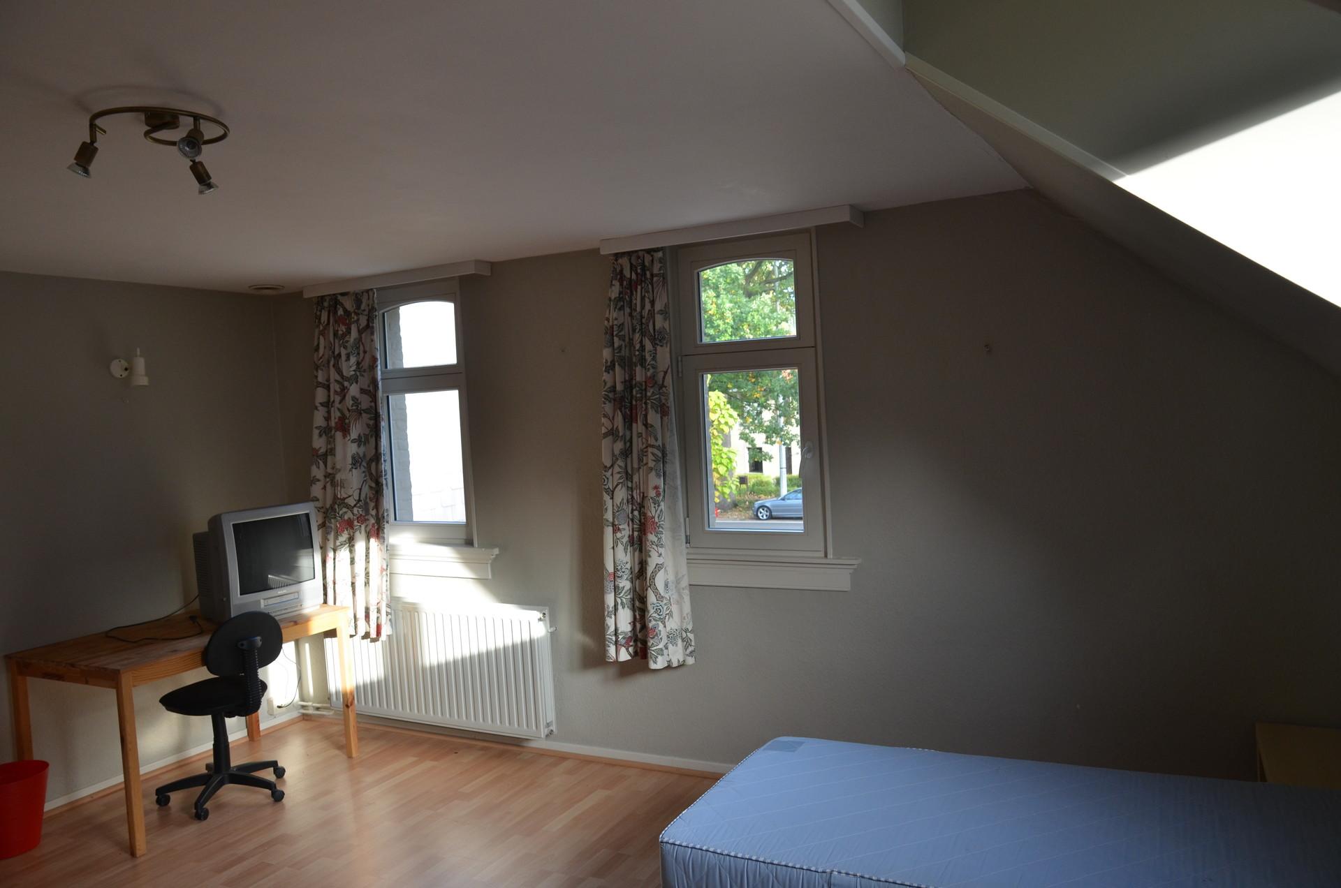 Big room north of Antwerp