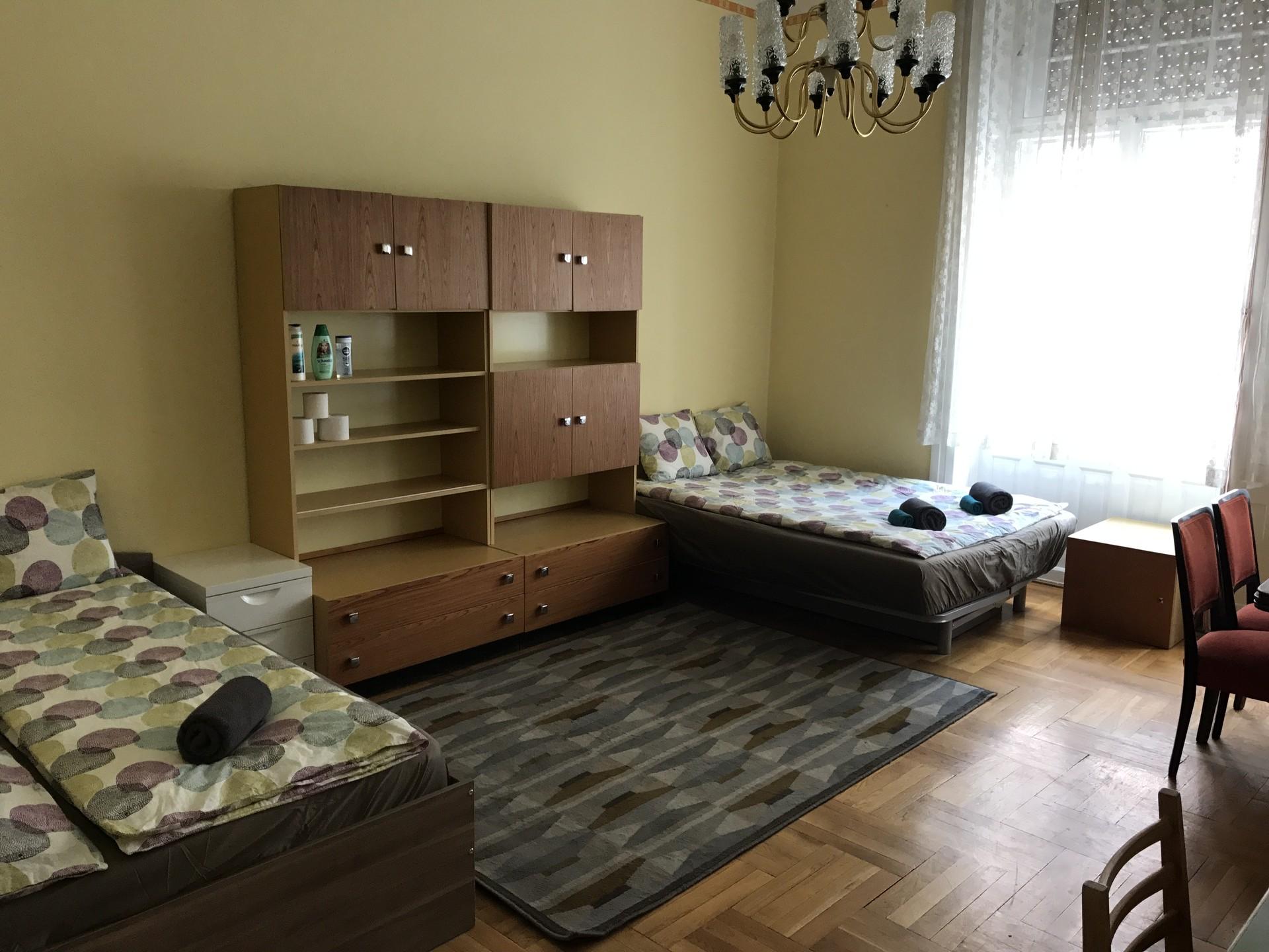 Budapest,  Balzac u. 12
