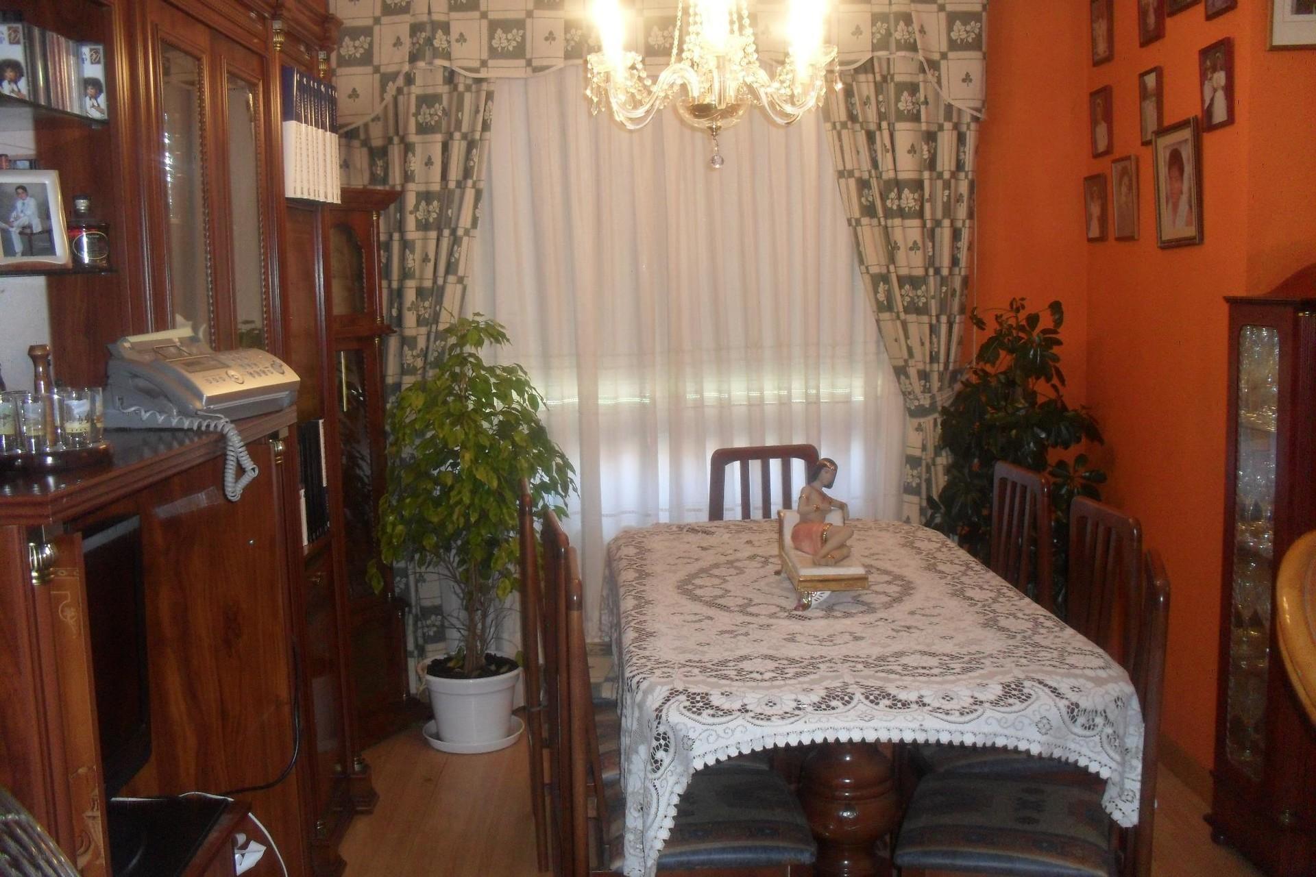 Bonita habitacion en piso compartido
