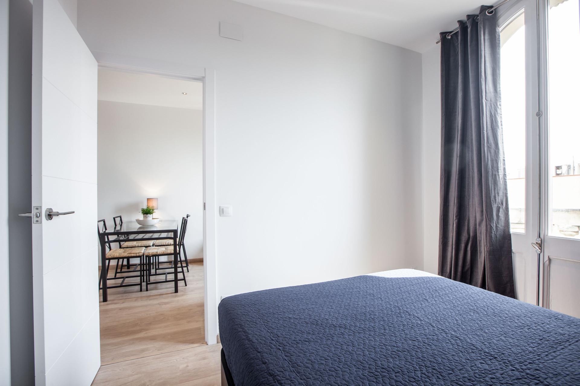 Bonito apartamento de 3 habitaciones cerca a plaza espa a alquiler pisos barcelona - Casas en alquiler cerca de barcelona ...