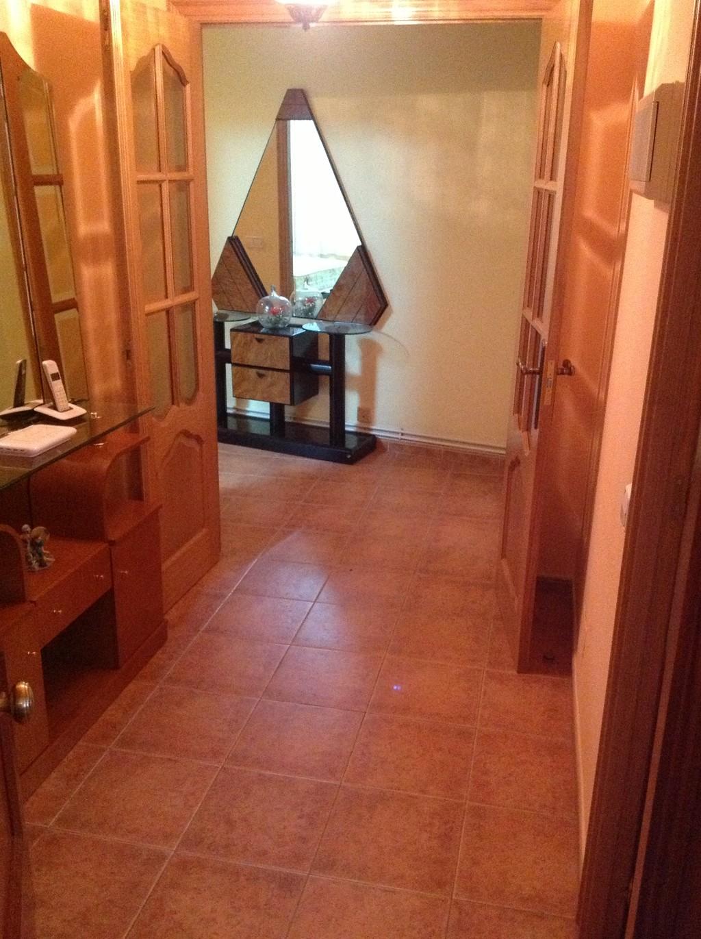 Bonito y c ntrico piso santiago de compostela alquiler for Piso santiago de compostela