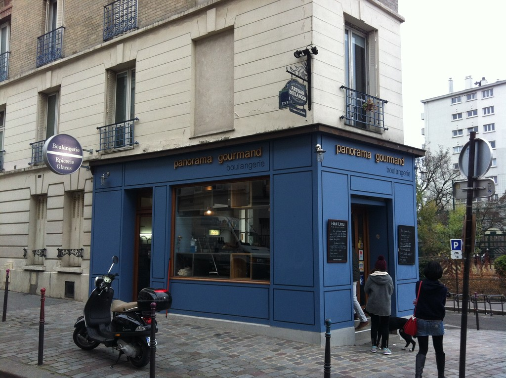 Boulangerie & Bar mit Ausblick - Paris 20e