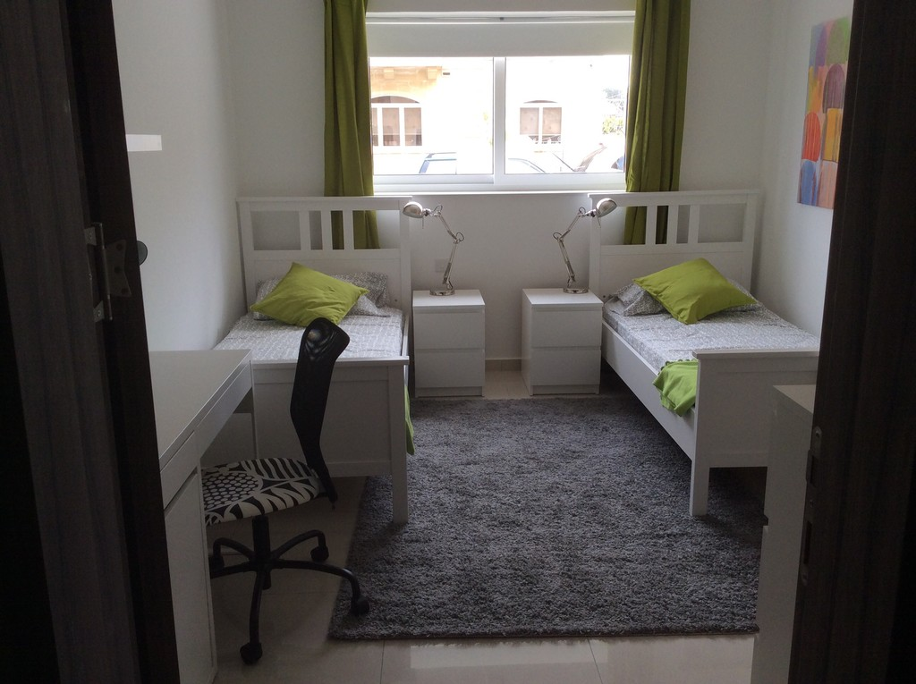 Brand New Cosy Apartment 5 Minutes Walk From University Of Malt ...