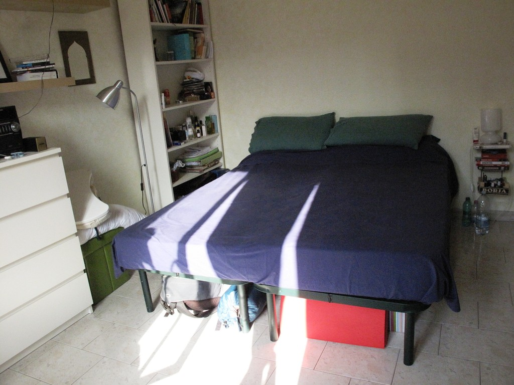 ... Bright Big Double Bed Room In The Ne Trendy Nightife Area Of Pig ...